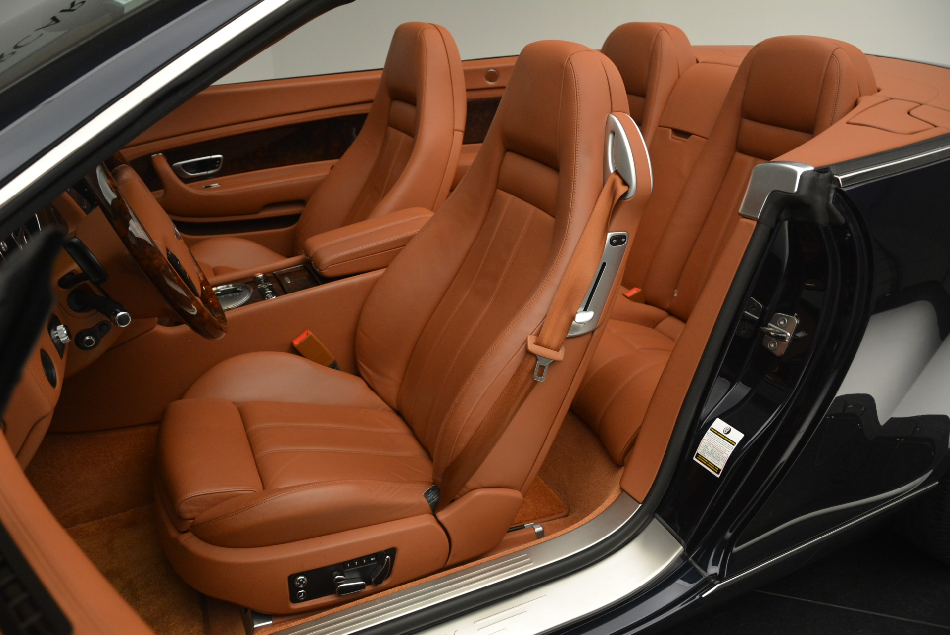 Used 2008 Bentley Continental GTC  For Sale In Westport, CT 2307_p27
