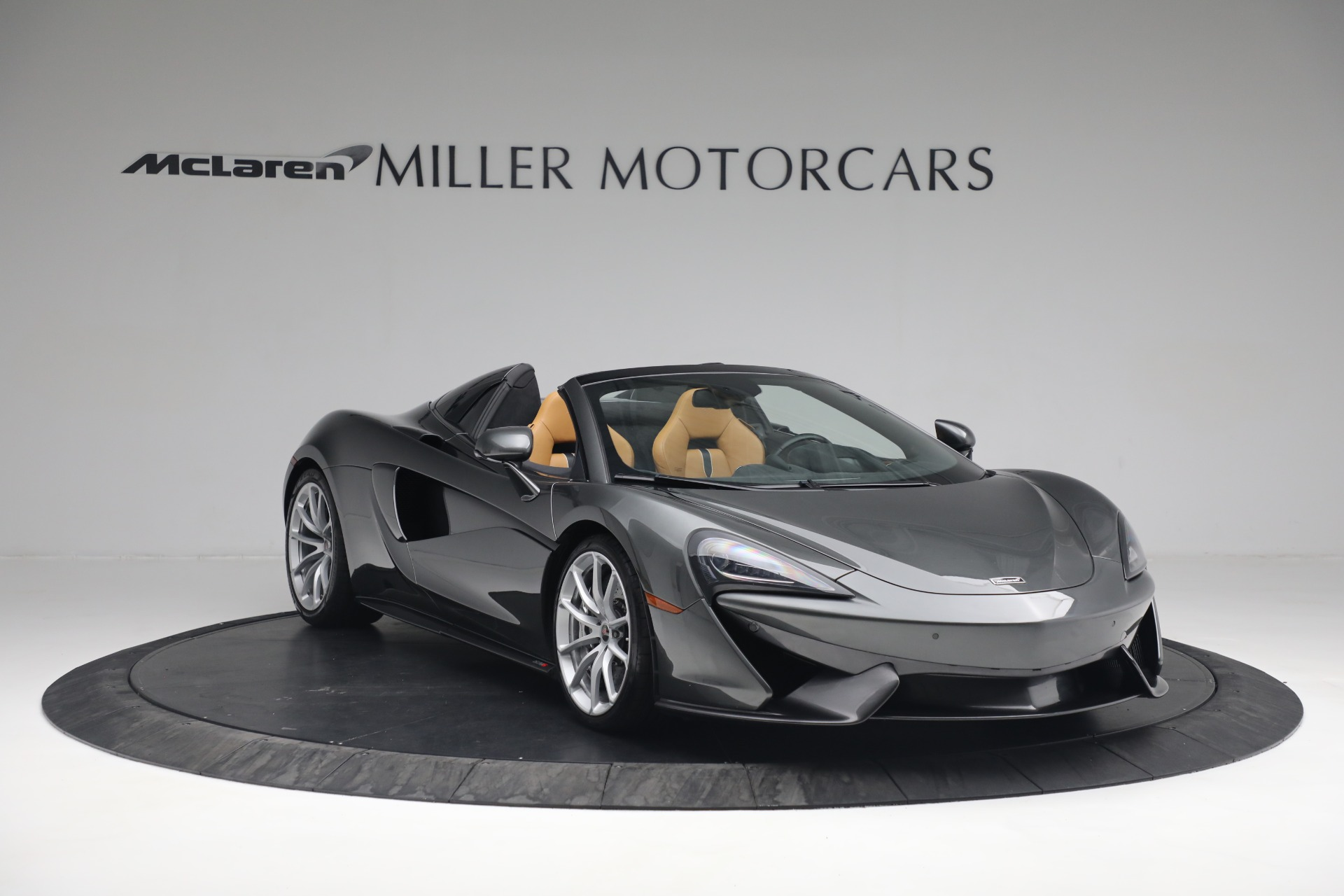 Used 2018 McLaren 570S Spider For Sale In Westport, CT 2308_p12