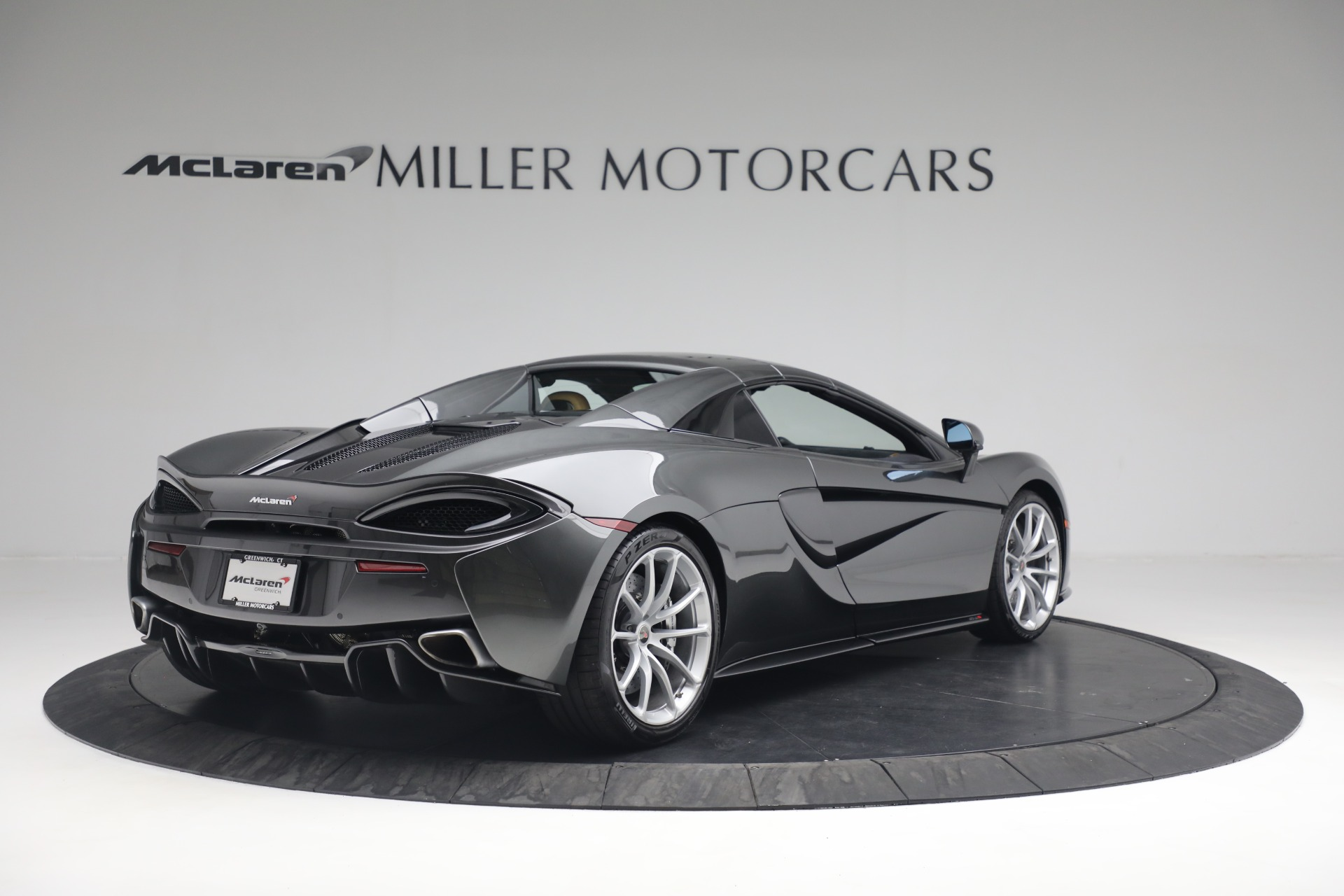 Used 2018 McLaren 570S Spider For Sale In Westport, CT 2308_p16