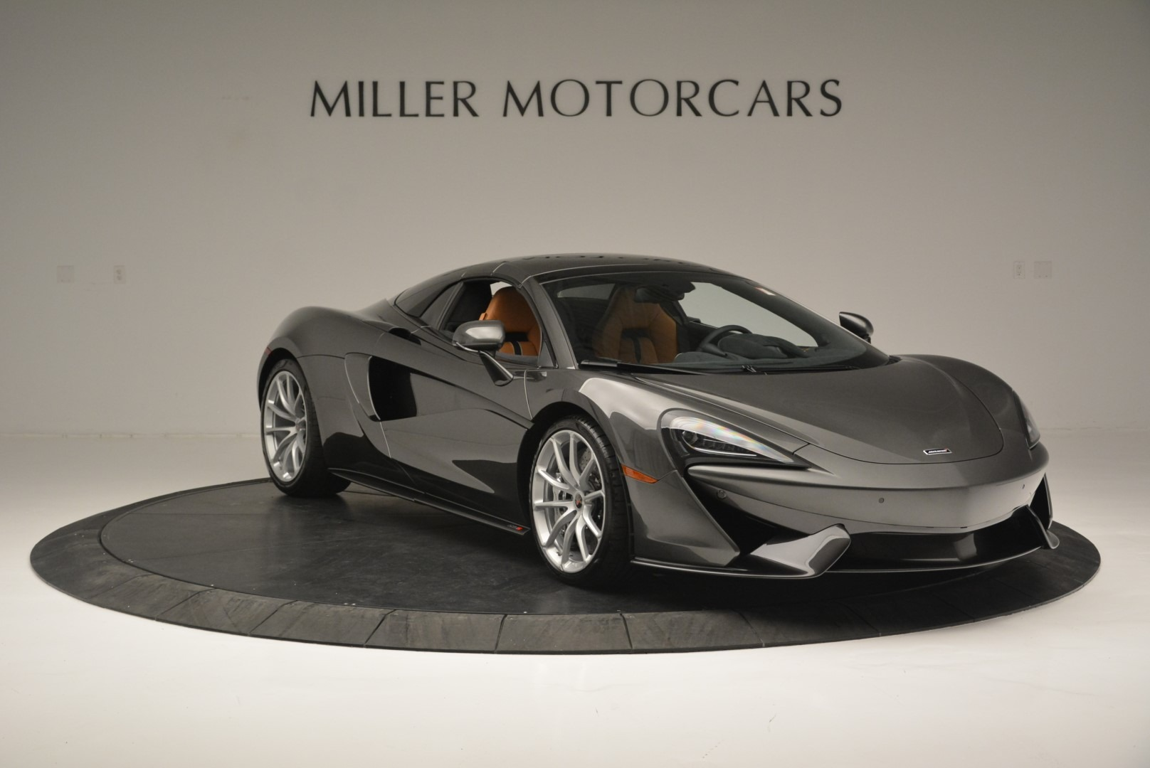 Used 2018 McLaren 570S Spider For Sale In Westport, CT 2308_p21