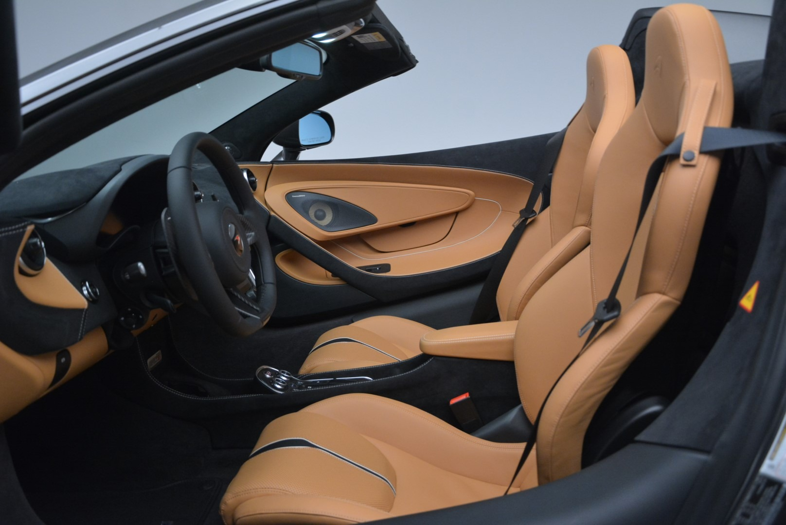 Used 2018 McLaren 570S Spider For Sale In Westport, CT 2308_p23