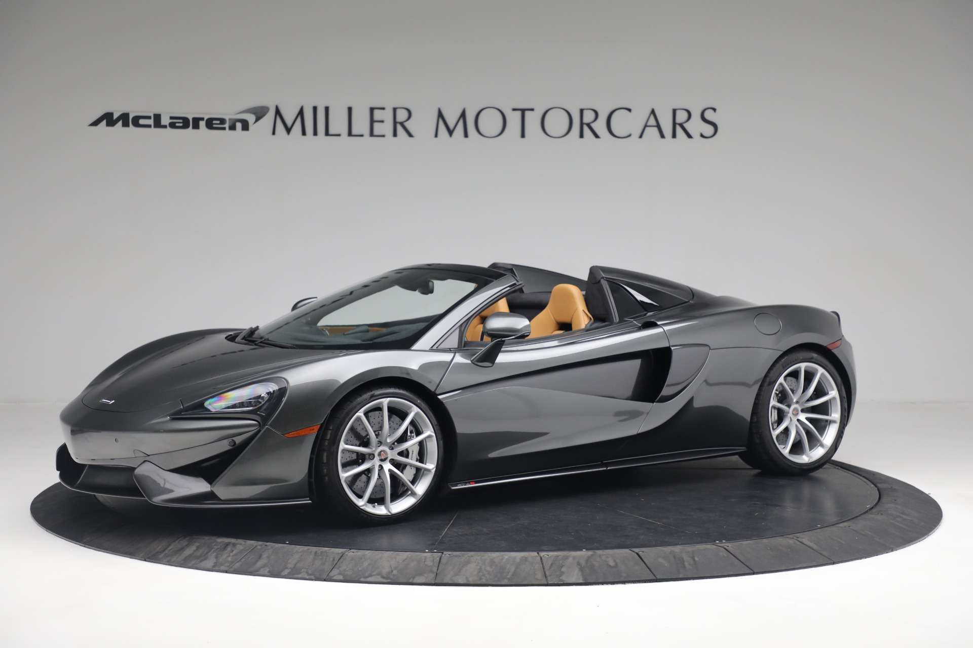 Used 2018 McLaren 570S Spider For Sale In Westport, CT 2308_p2