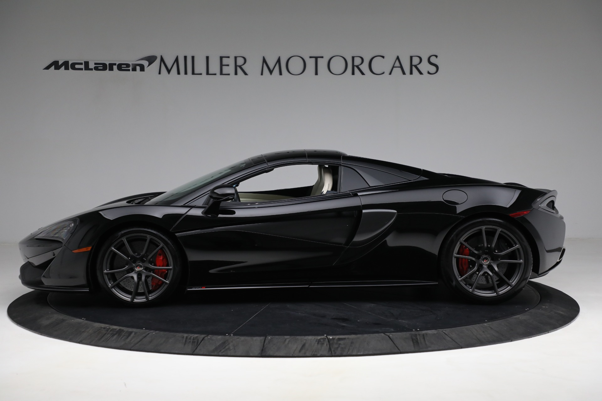 New 2018 McLaren 570S Spider For Sale In Westport, CT 2312_p15