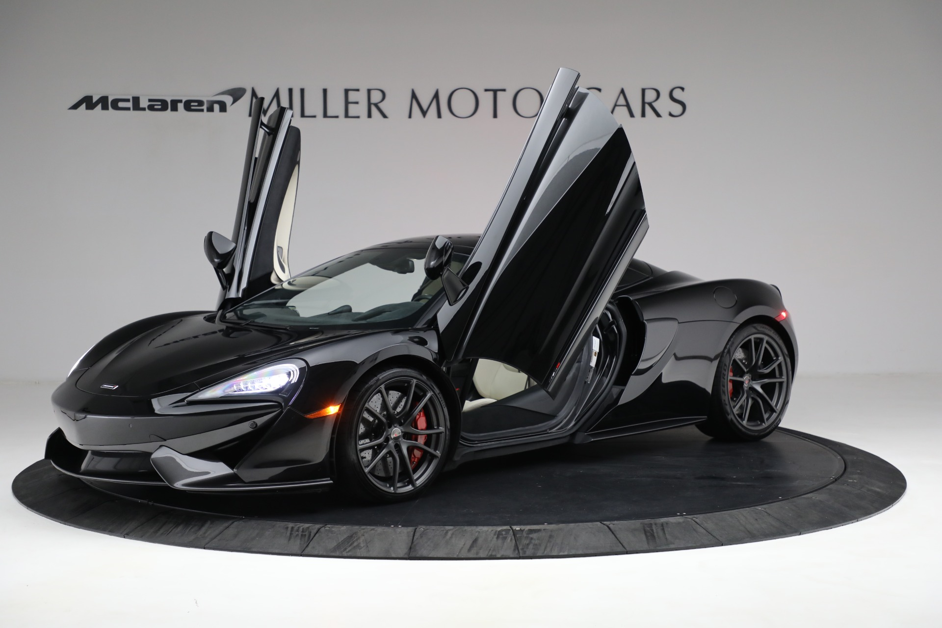 New 2018 McLaren 570S Spider For Sale In Westport, CT 2312_p22