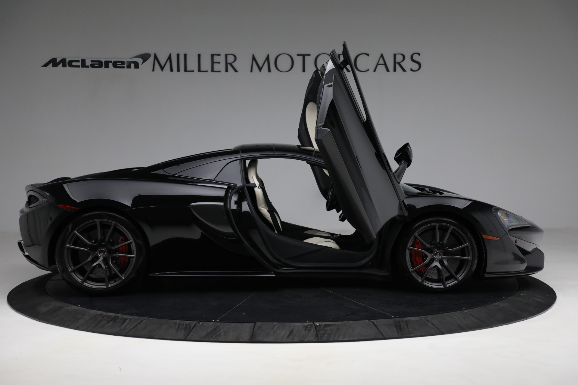 New 2018 McLaren 570S Spider For Sale In Westport, CT 2312_p27