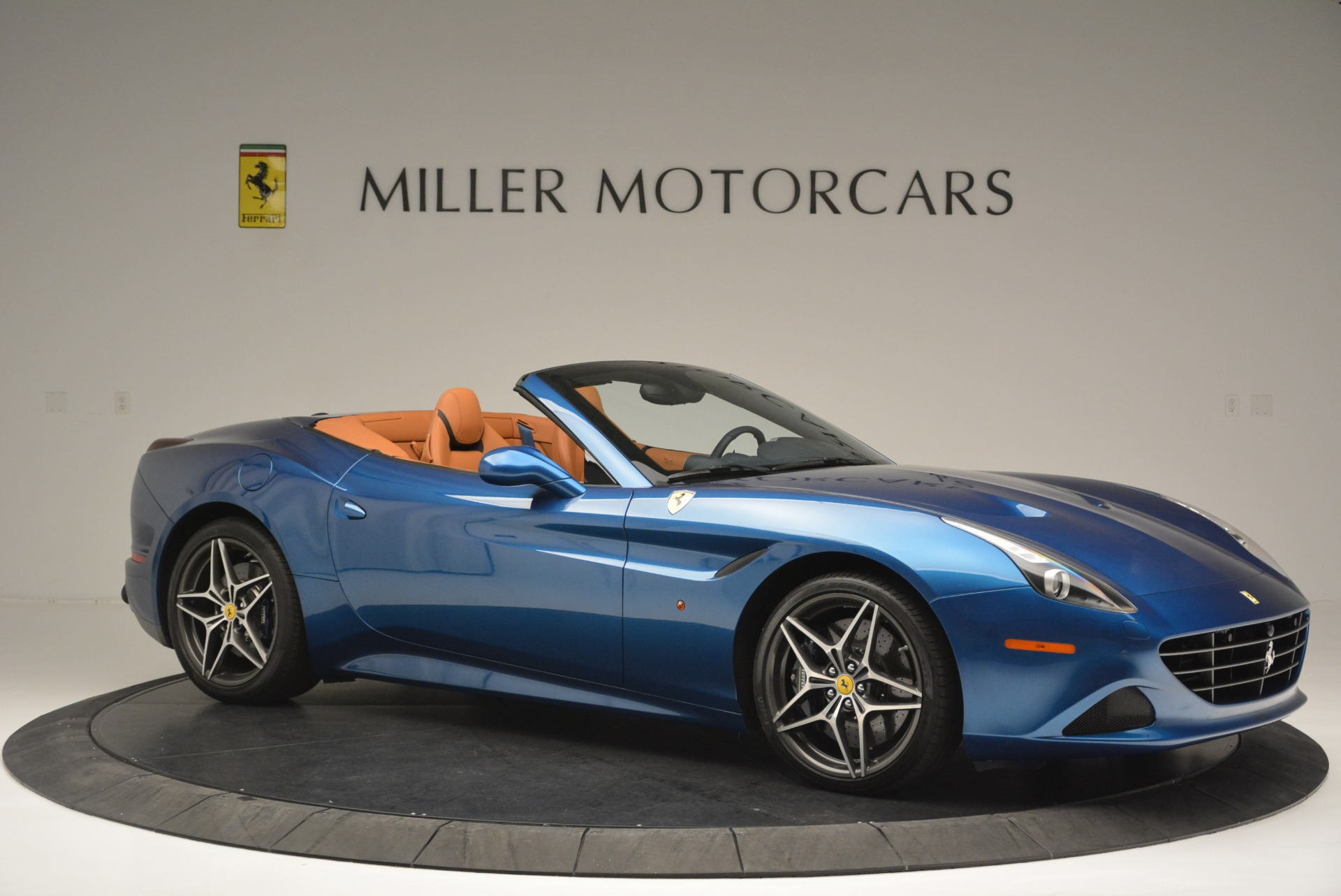 Used 2017 Ferrari California T Handling Speciale For Sale In Westport, CT 2313_p10