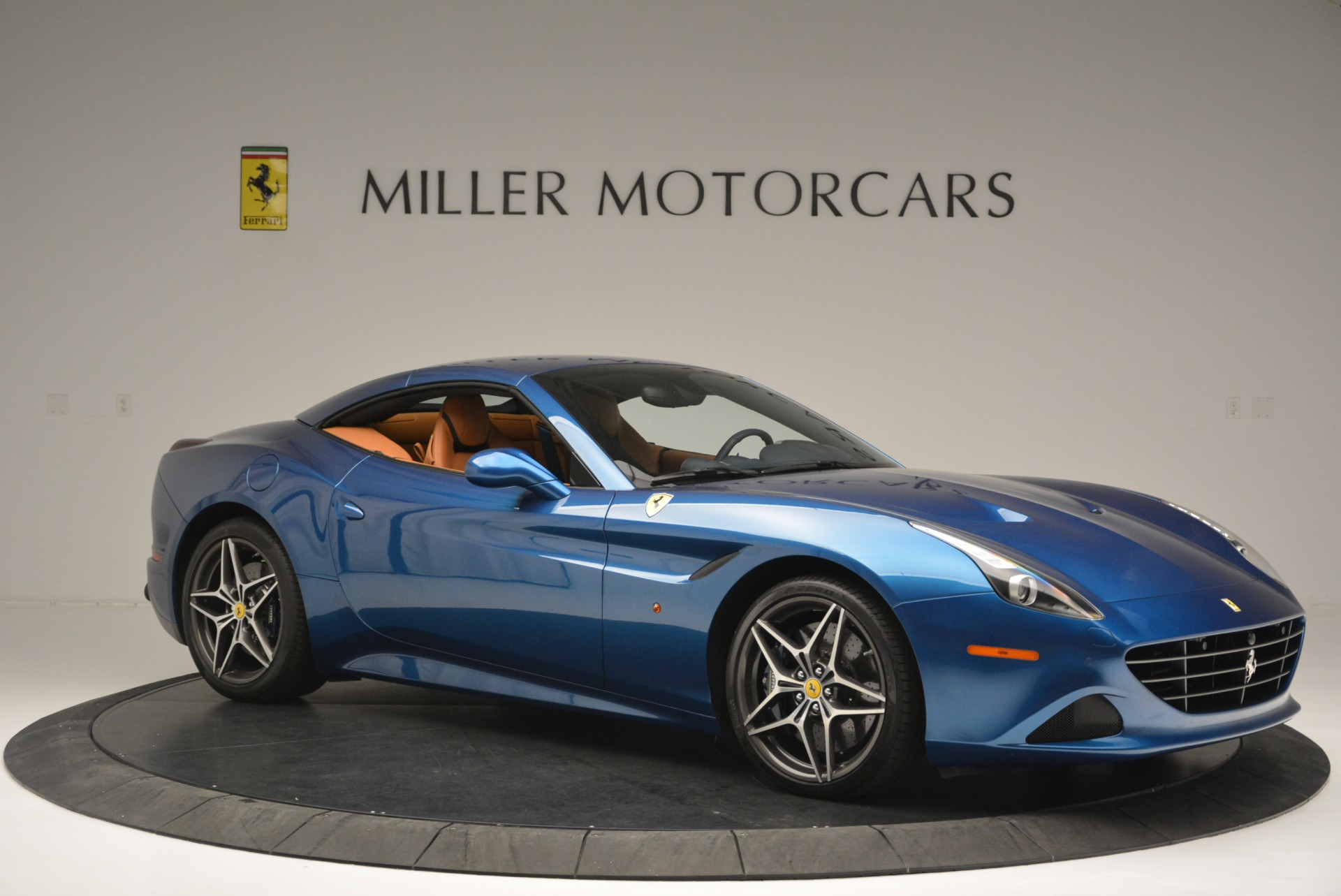 Used 2017 Ferrari California T Handling Speciale For Sale In Westport, CT 2313_p22