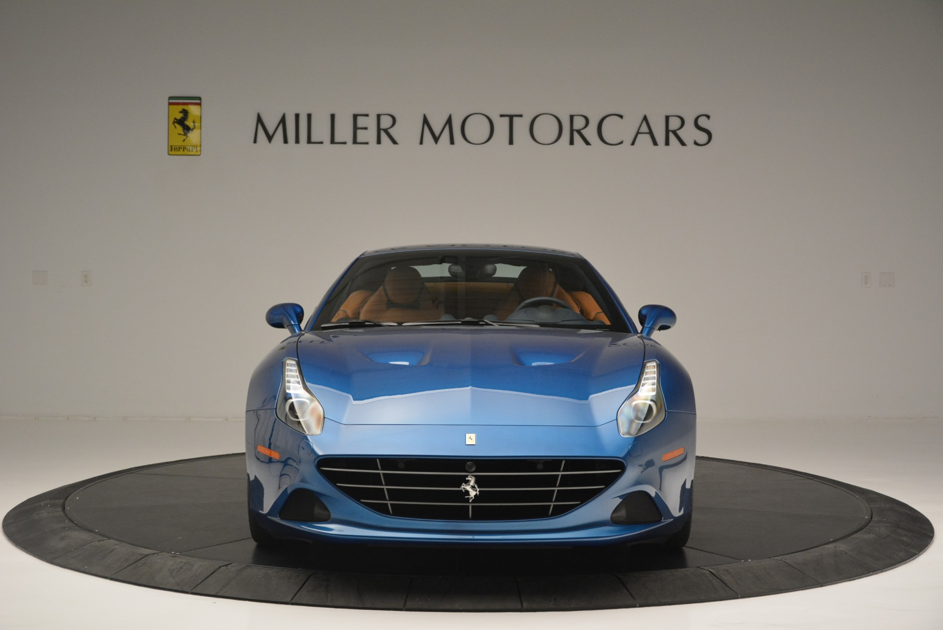 Used 2017 Ferrari California T Handling Speciale For Sale In Westport, CT 2313_p24