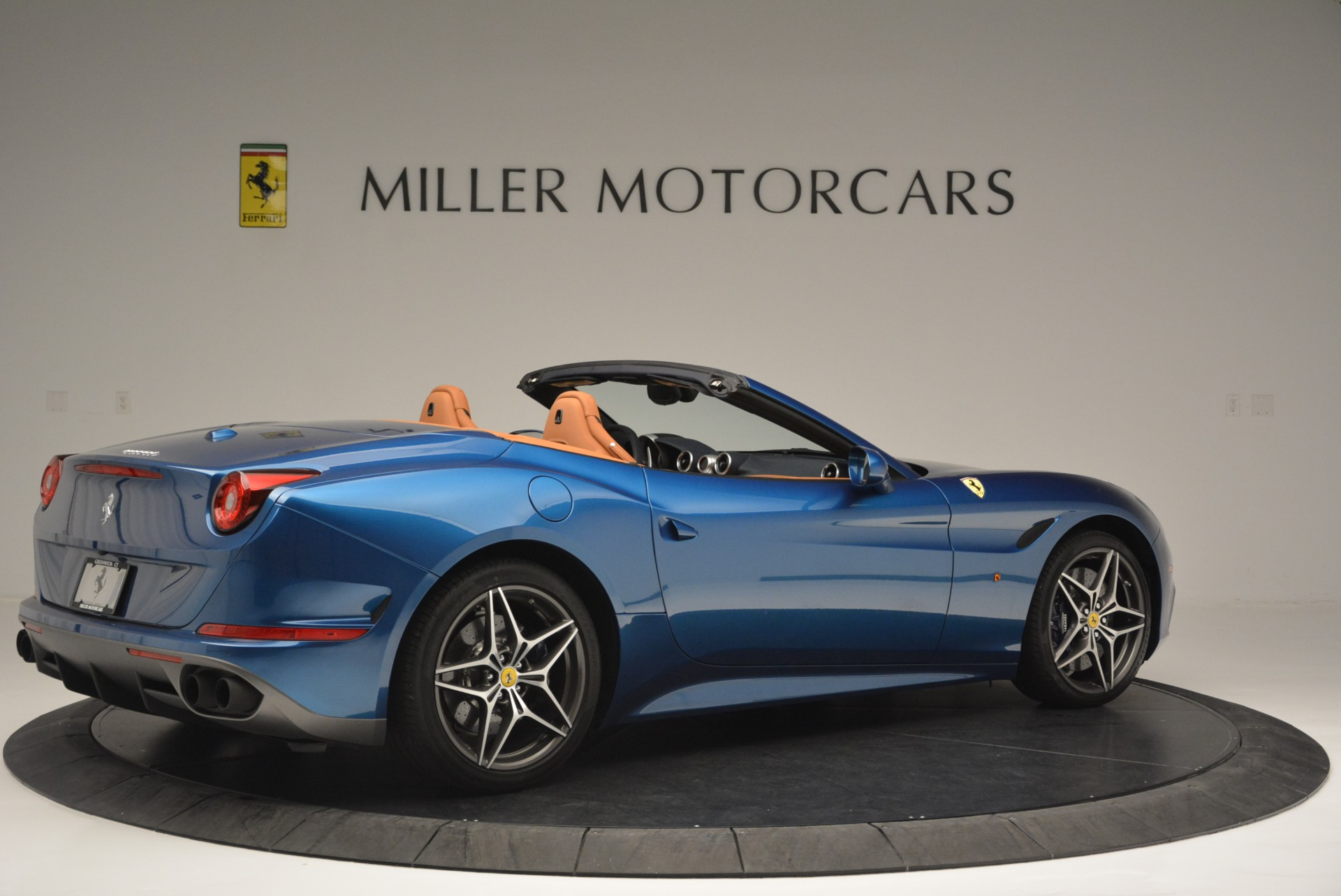 Used 2017 Ferrari California T Handling Speciale For Sale In Westport, CT 2313_p8