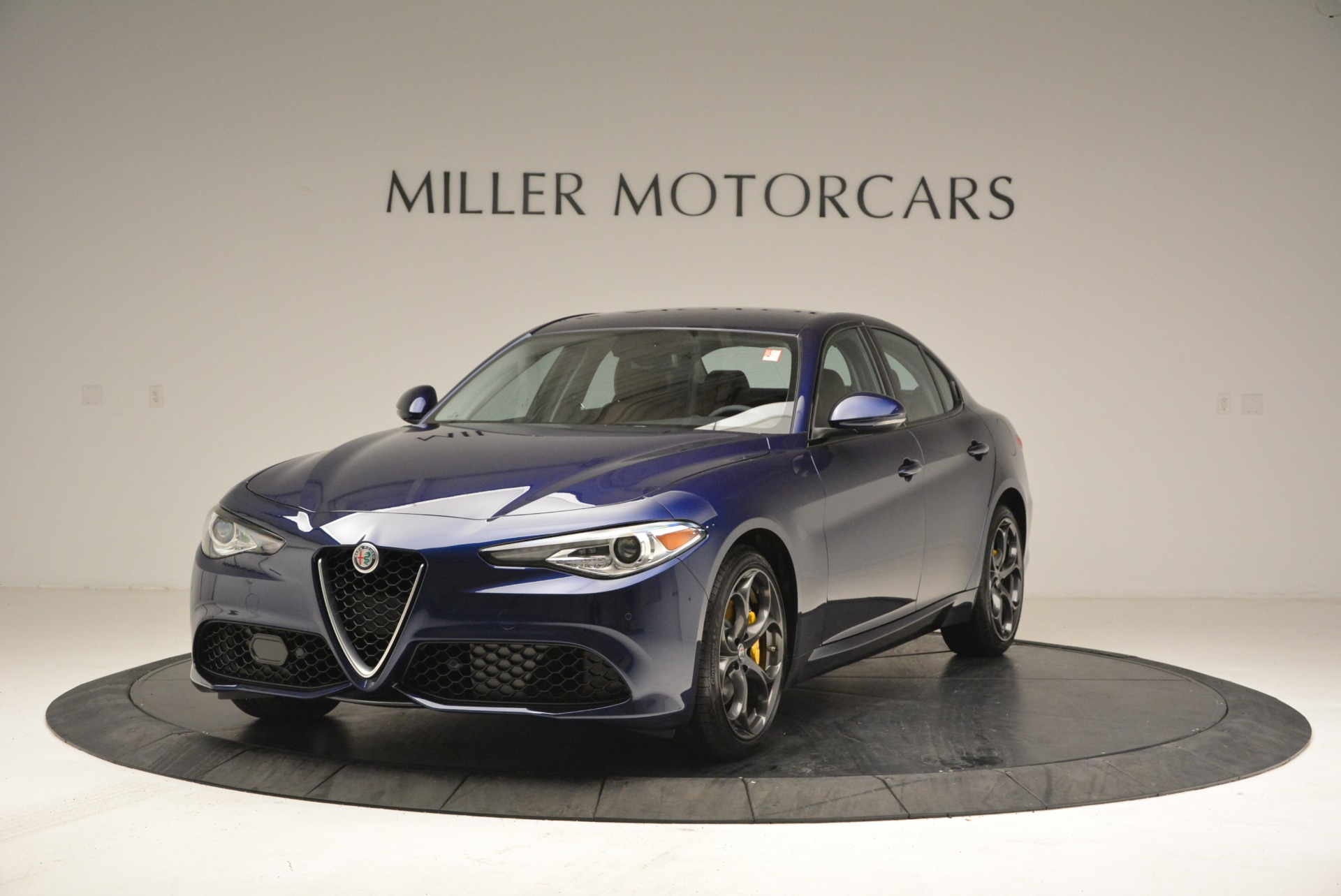 New 2018 Alfa Romeo Giulia Ti Sport Q4 For Sale In Westport, CT 2329_main