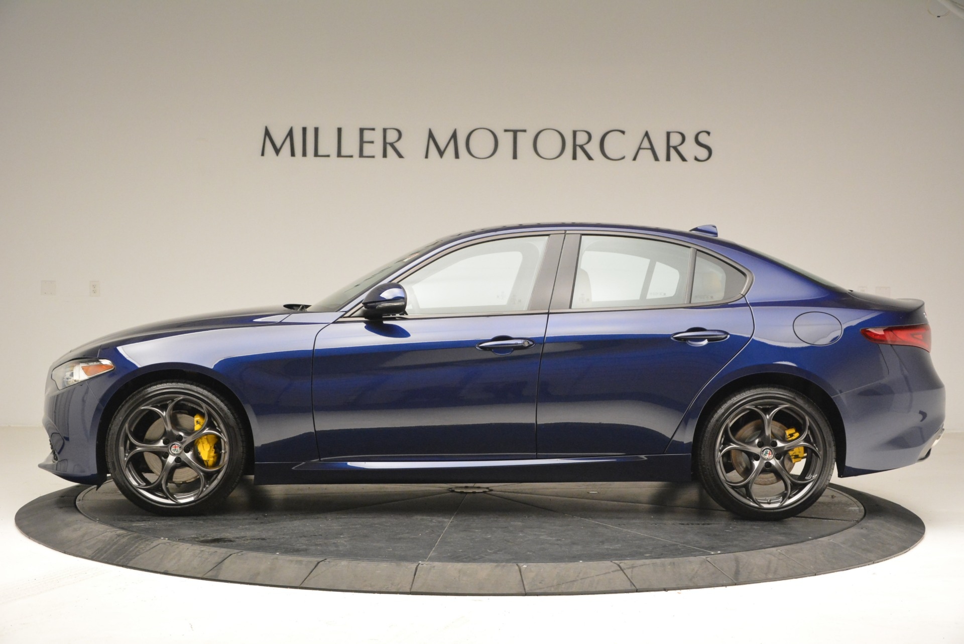 New 2018 Alfa Romeo Giulia Ti Sport Q4 For Sale In Westport, CT 2329_p3