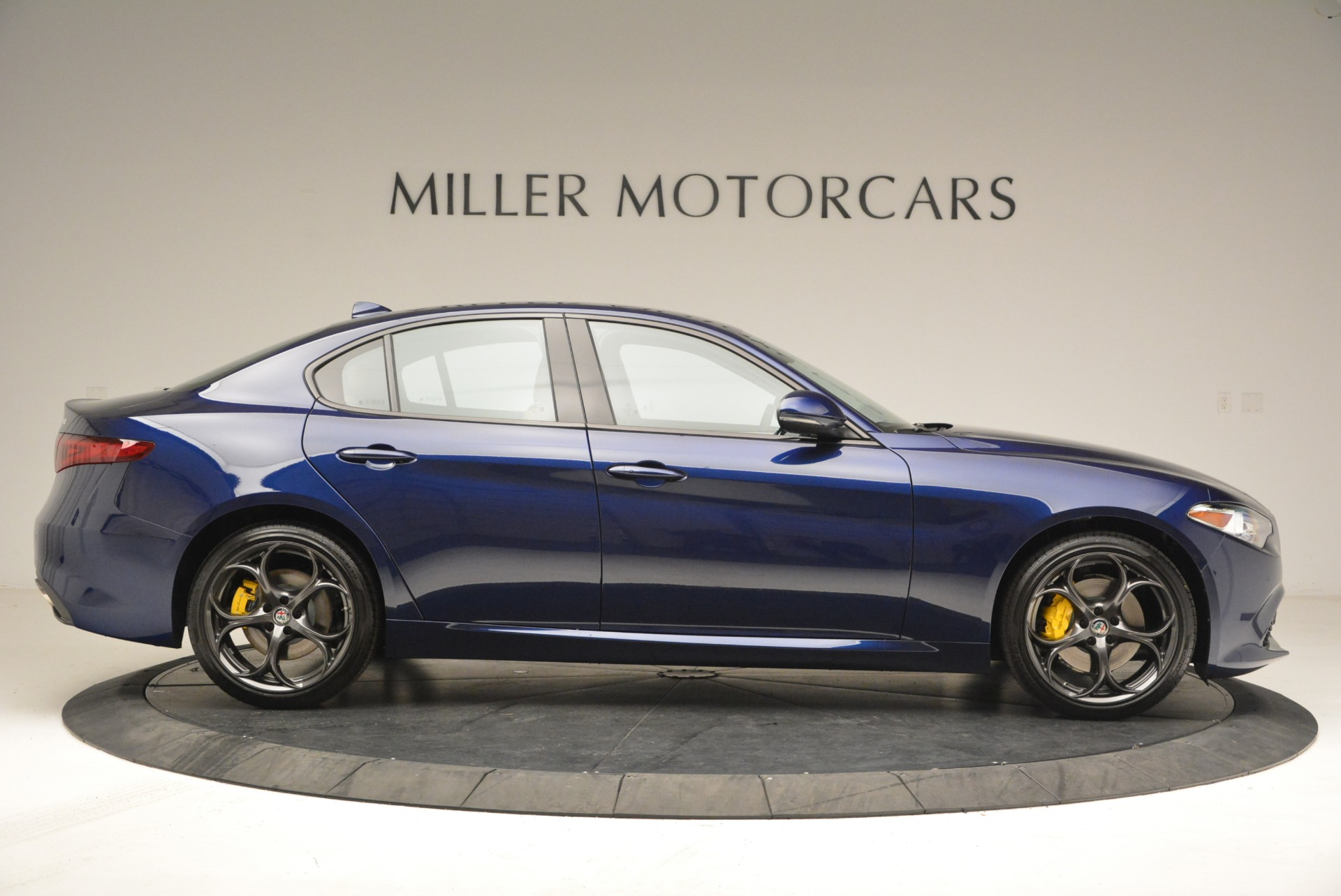 New 2018 Alfa Romeo Giulia Ti Sport Q4 For Sale In Westport, CT 2329_p9