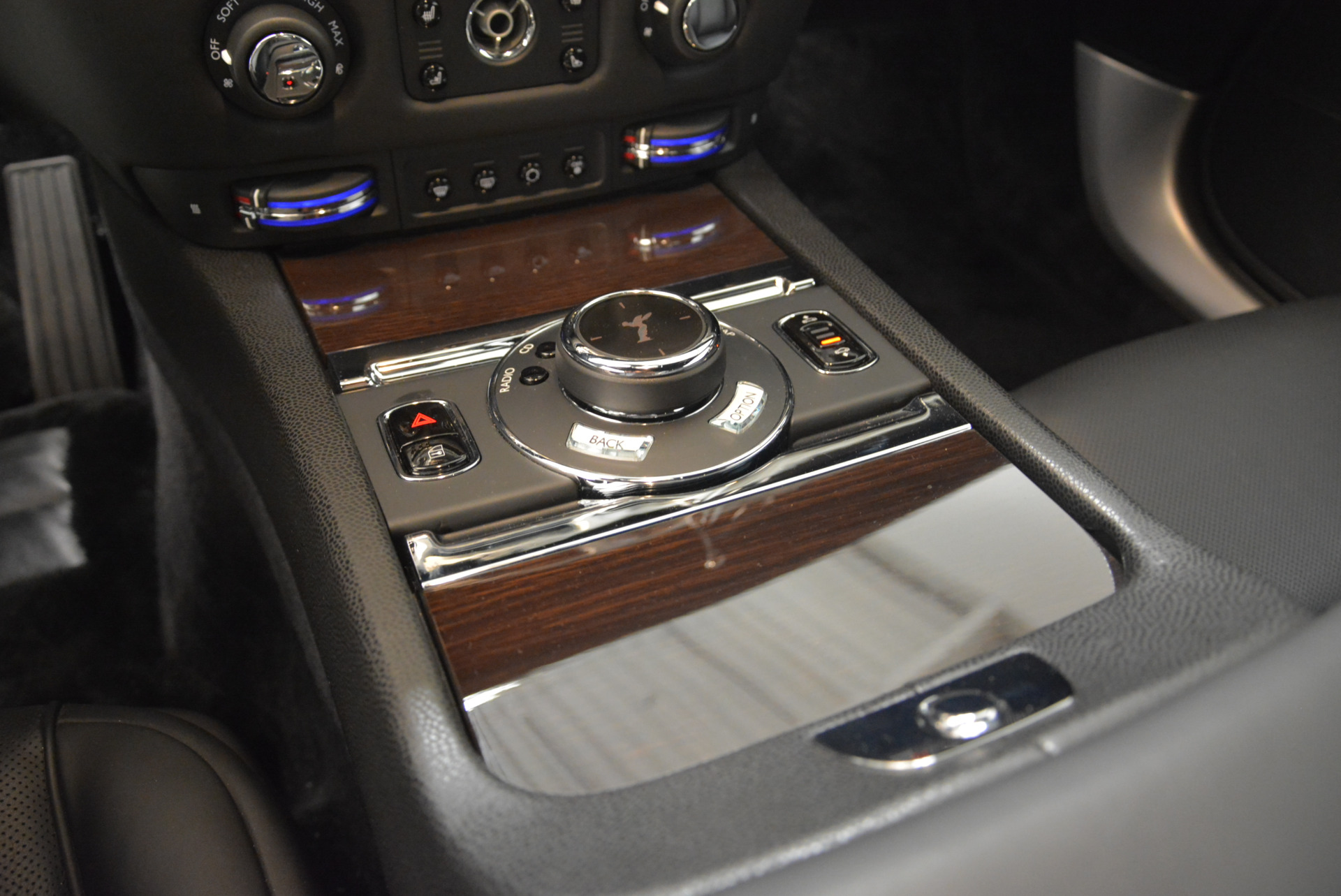 Used 2015 Rolls-Royce Wraith  For Sale In Westport, CT 2335_p17