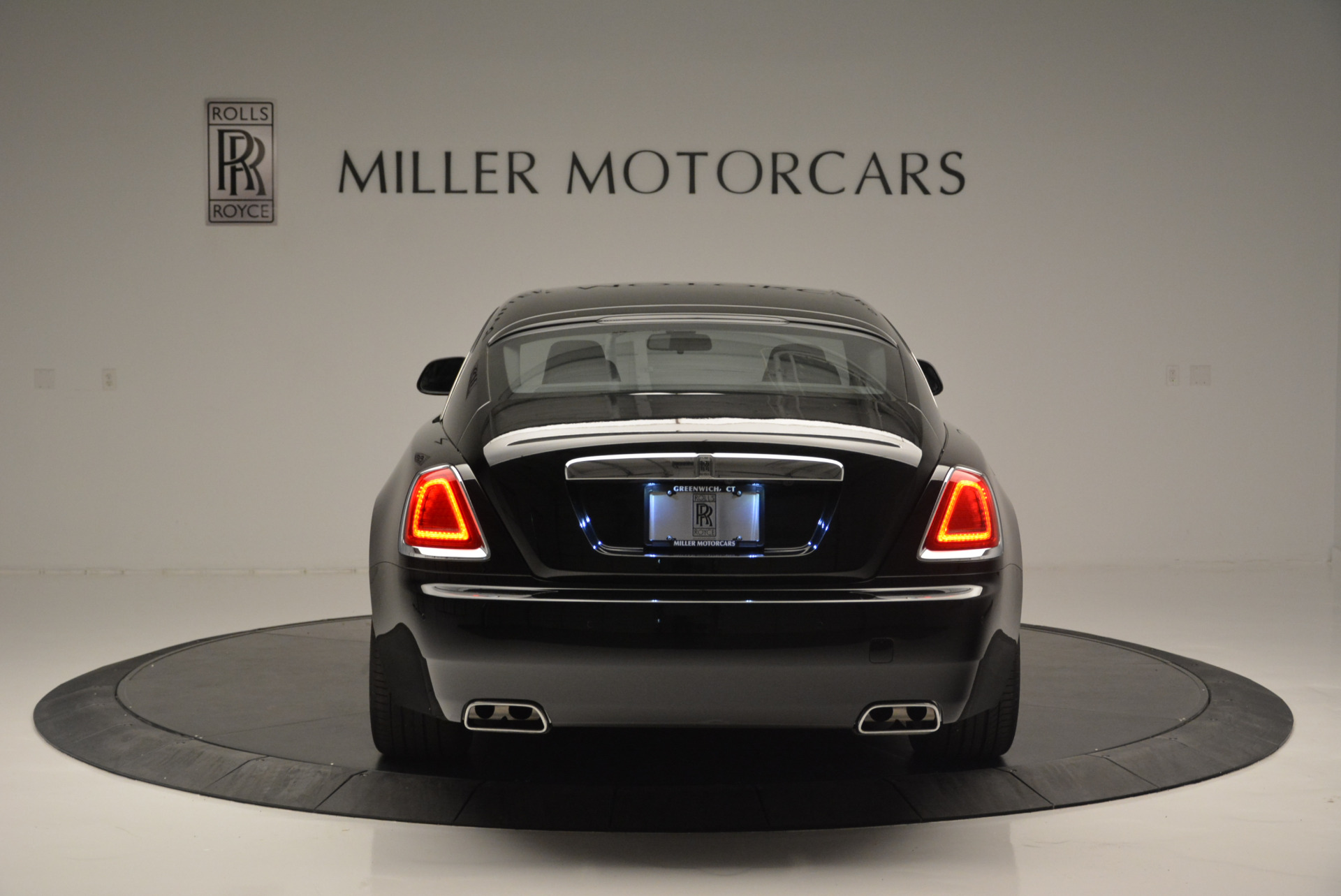 Used 2015 Rolls-Royce Wraith  For Sale In Westport, CT 2335_p4