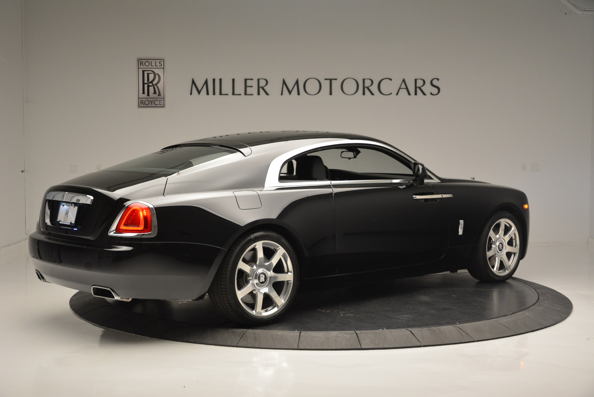 Used 2015 Rolls-Royce Wraith  For Sale In Westport, CT 2335_p5