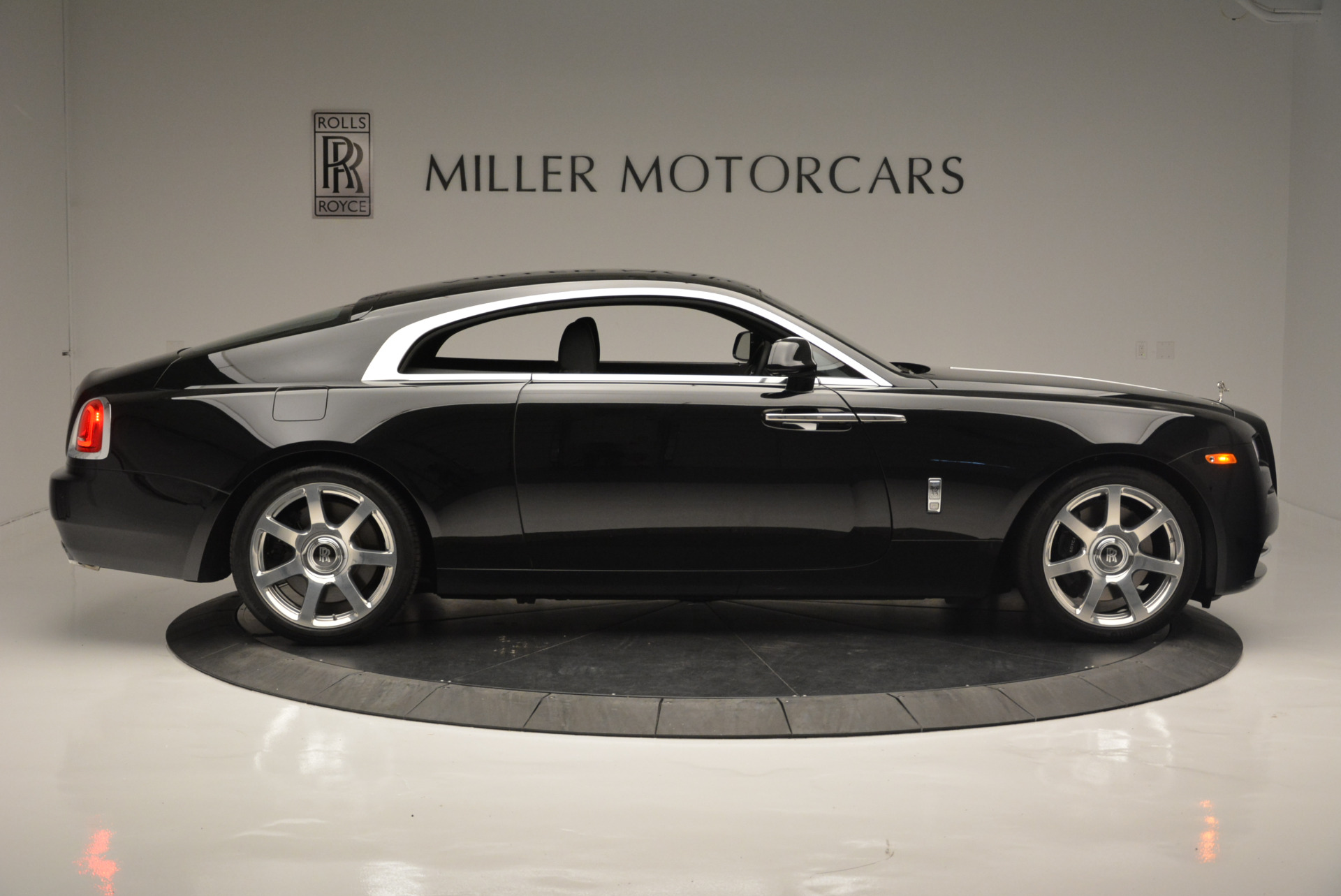 Used 2015 Rolls-Royce Wraith  For Sale In Westport, CT 2335_p6