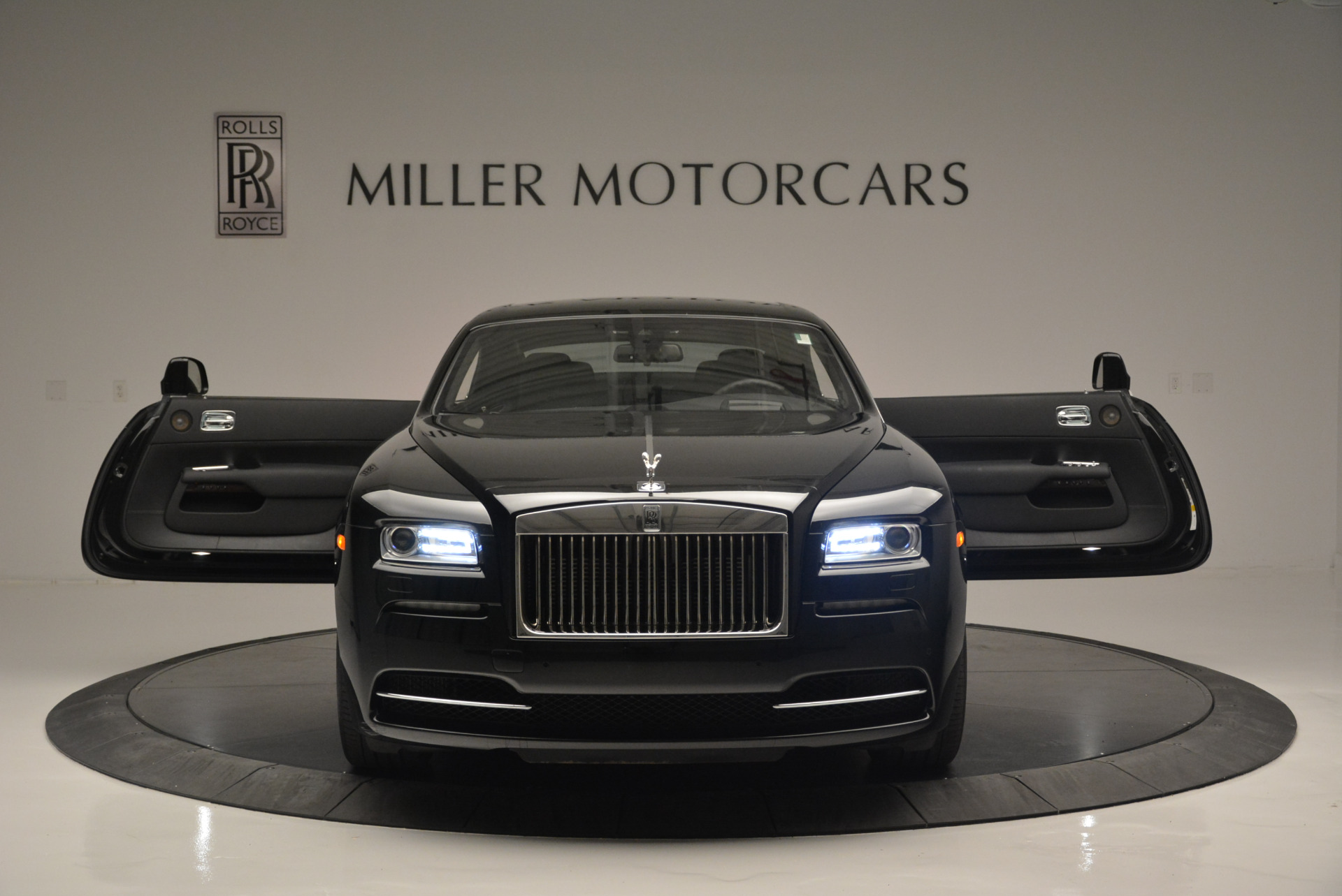 Used 2015 Rolls-Royce Wraith  For Sale In Westport, CT 2335_p9