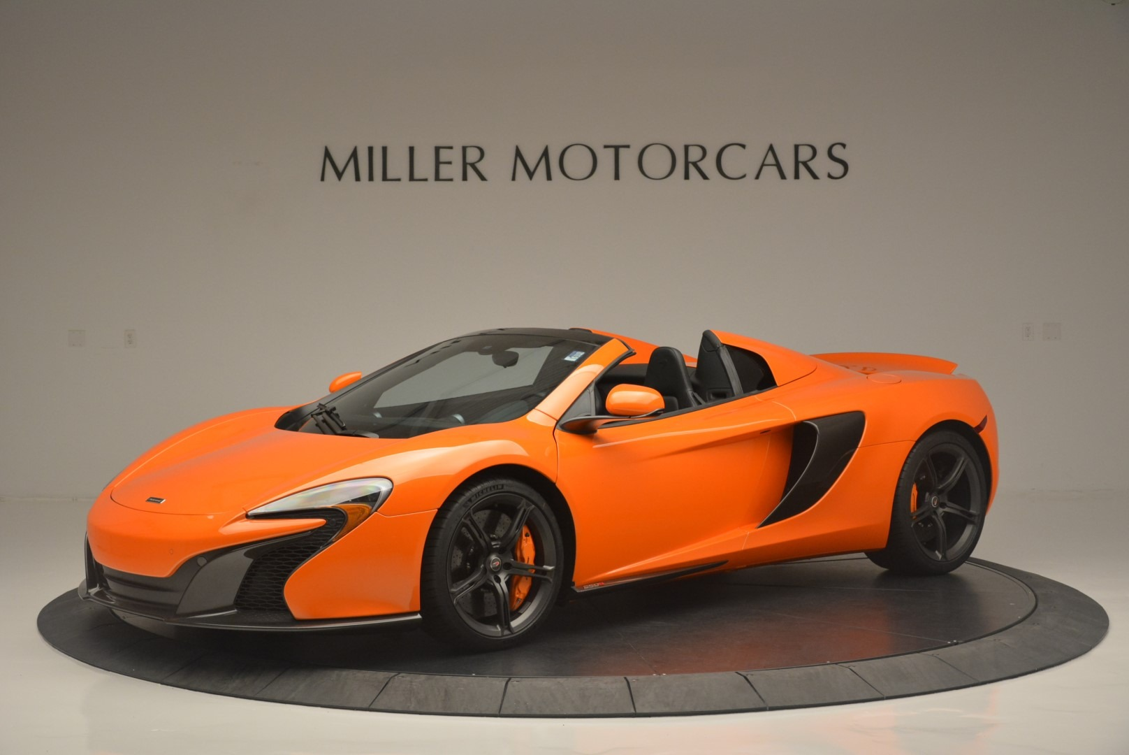 Used 2015 McLaren 650S Spider For Sale In Westport, CT 2338_p2