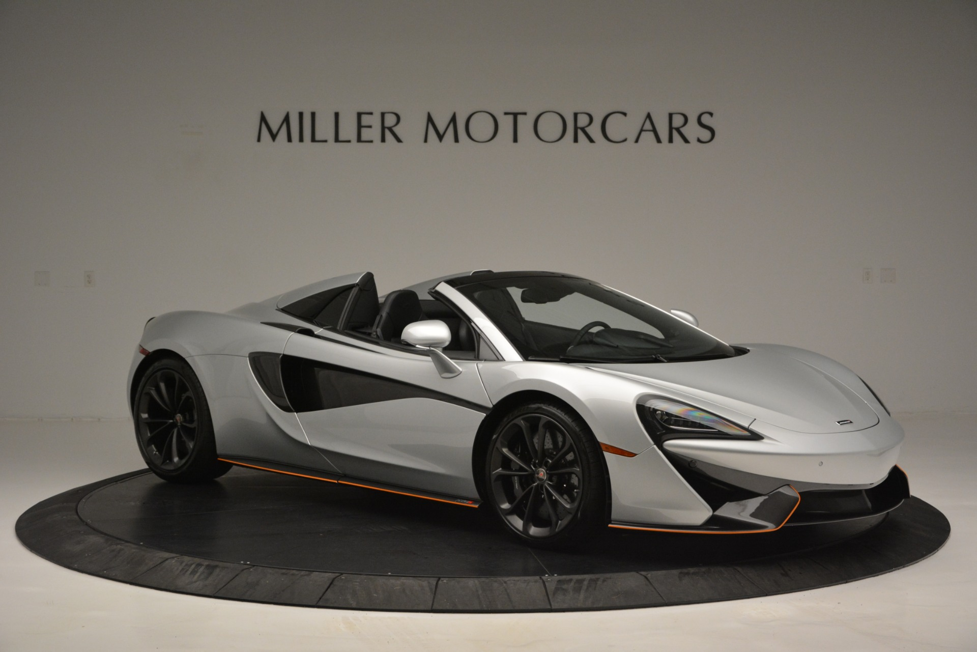 Used 2018 McLaren 570S Spider For Sale In Westport, CT 2340_p10