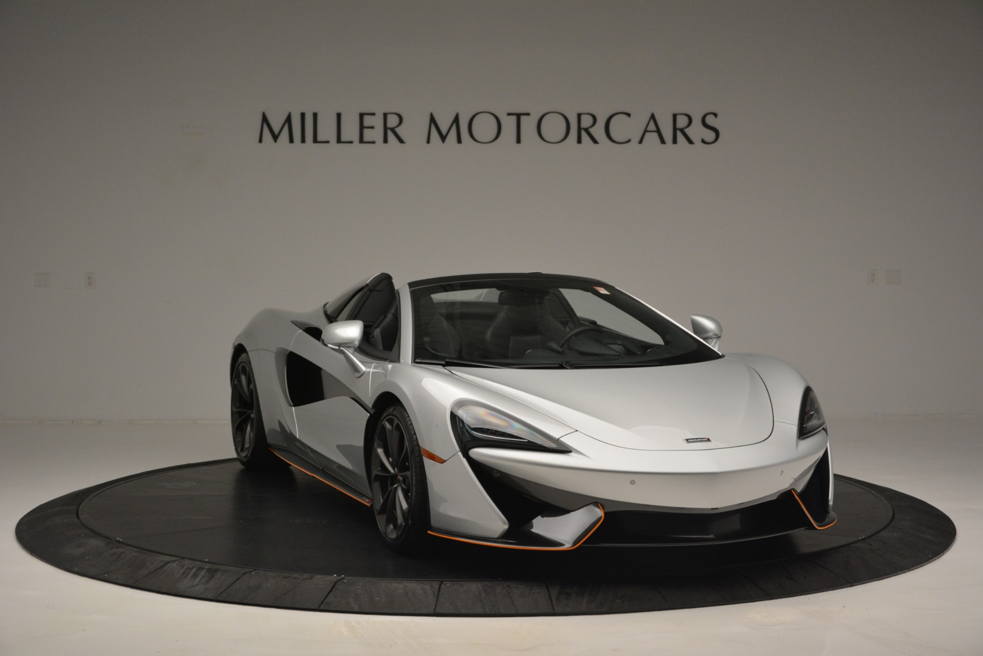 Used 2018 McLaren 570S Spider For Sale In Westport, CT 2340_p11