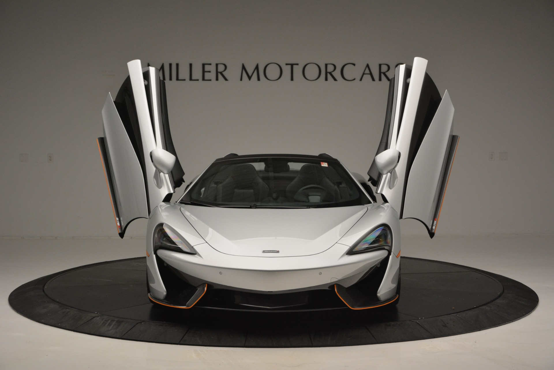 Used 2018 McLaren 570S Spider For Sale In Westport, CT 2340_p13