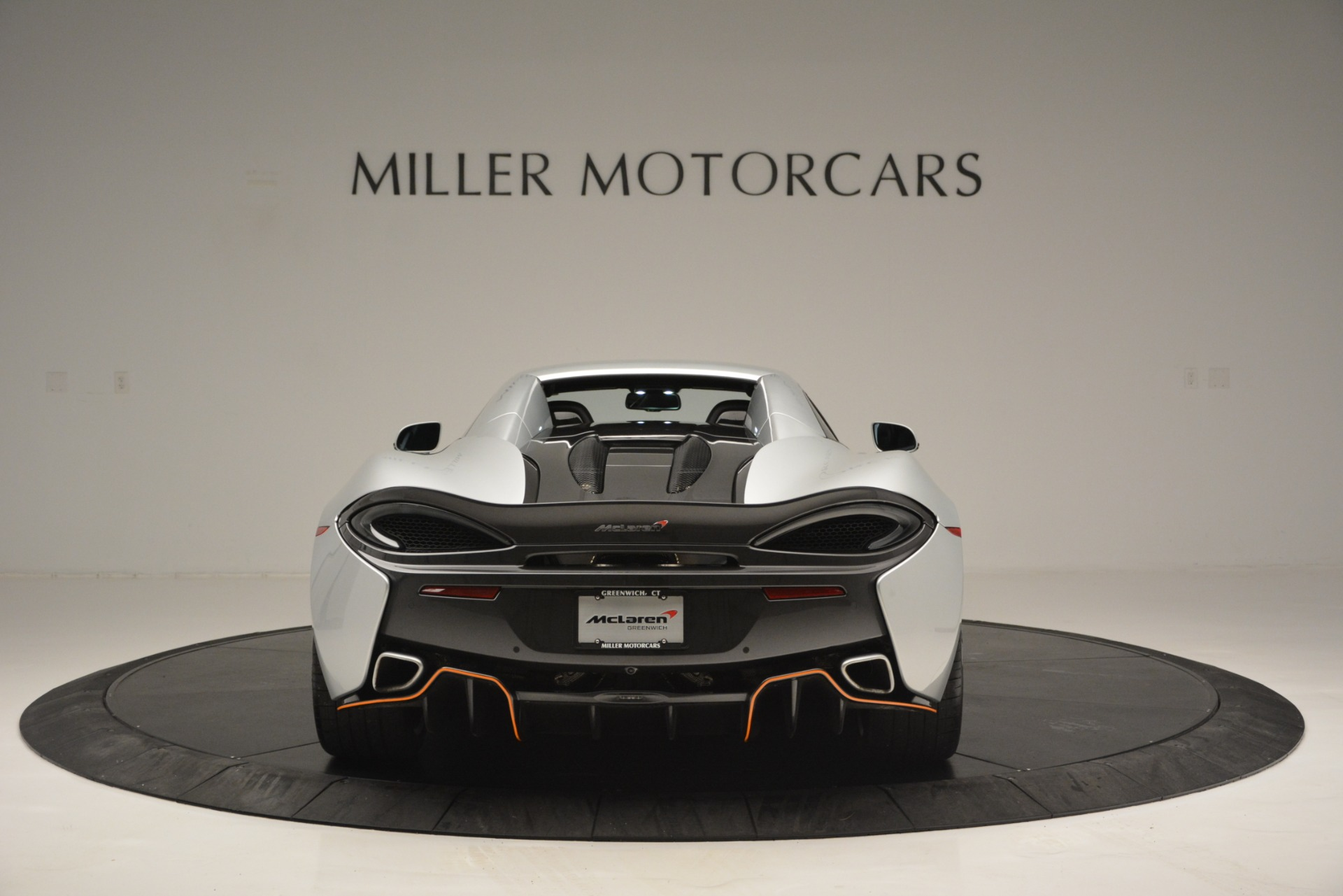 Used 2018 McLaren 570S Spider For Sale In Westport, CT 2340_p18