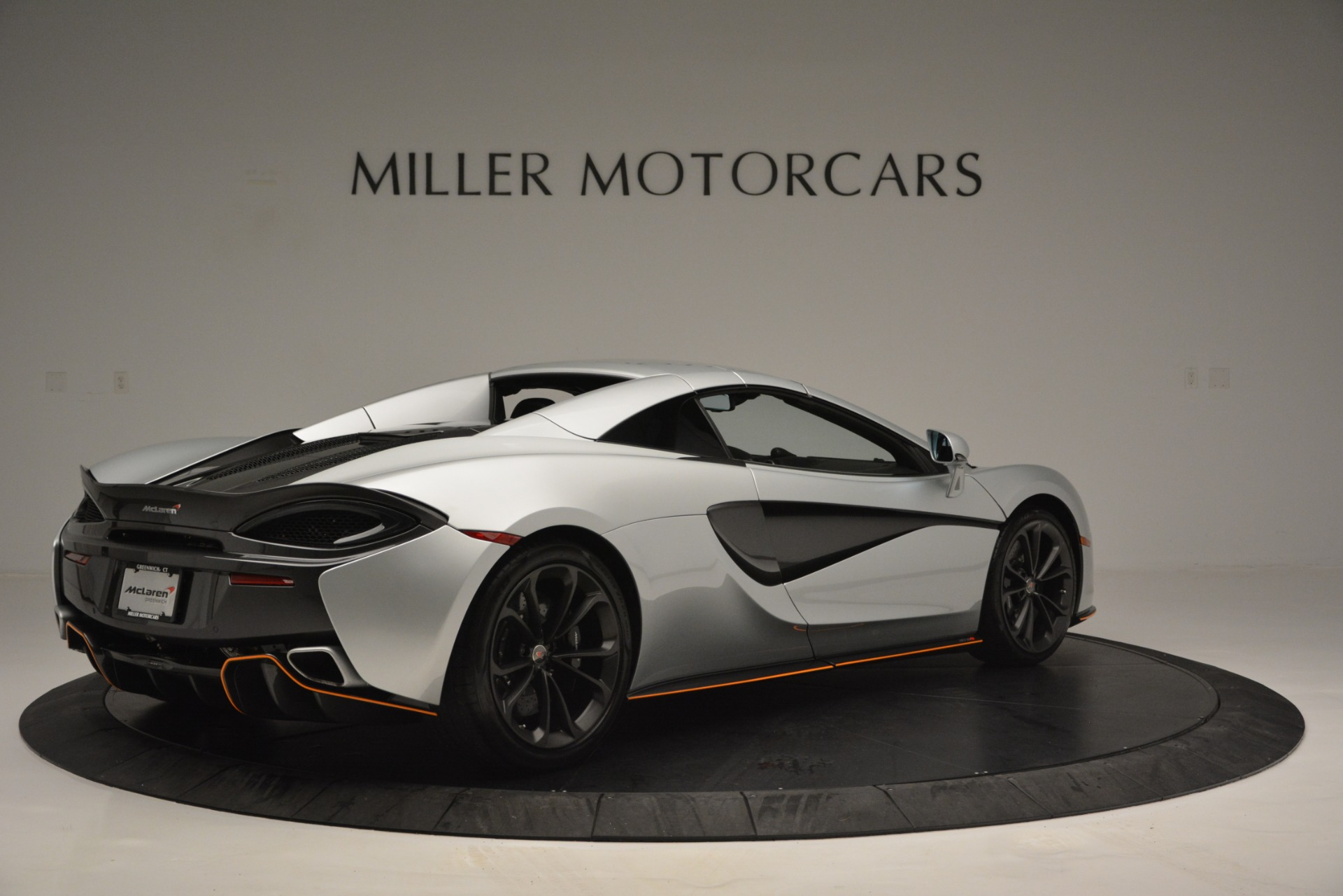 Used 2018 McLaren 570S Spider For Sale In Westport, CT 2340_p19
