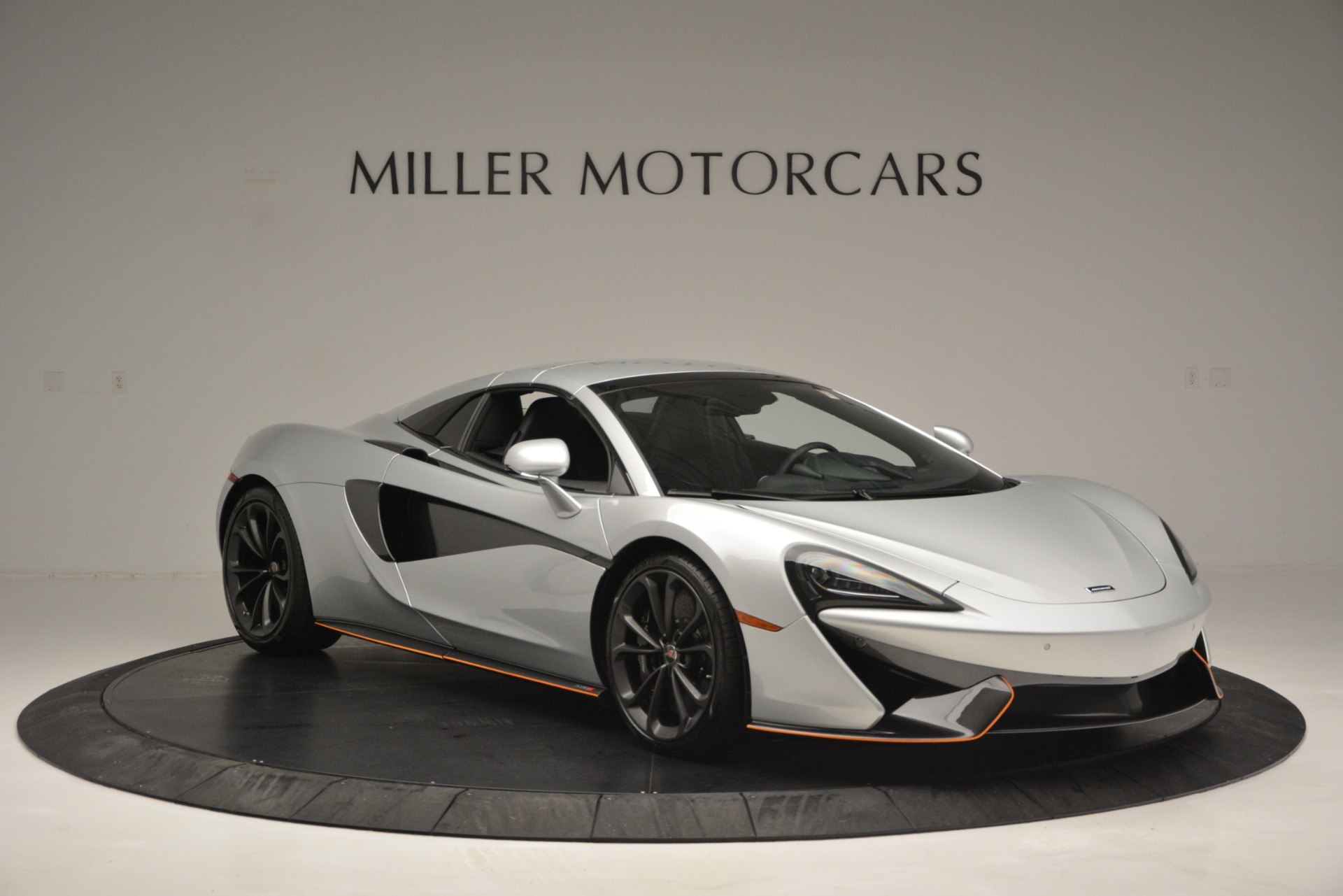 Used 2018 McLaren 570S Spider For Sale In Westport, CT 2340_p21