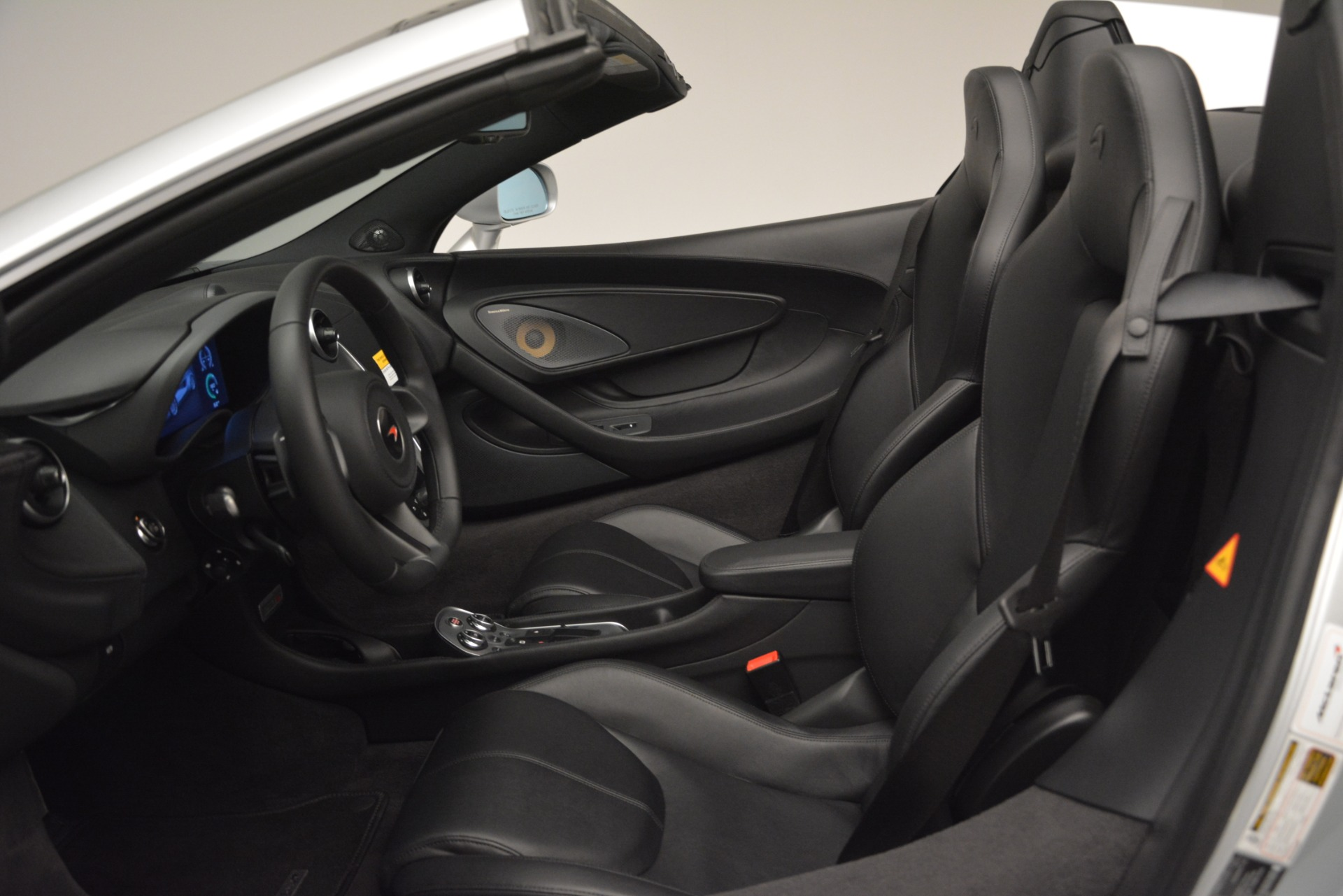 Used 2018 McLaren 570S Spider For Sale In Westport, CT 2340_p24