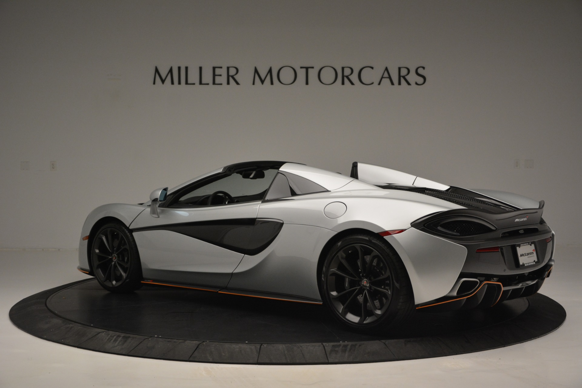 Used 2018 McLaren 570S Spider For Sale In Westport, CT 2340_p4