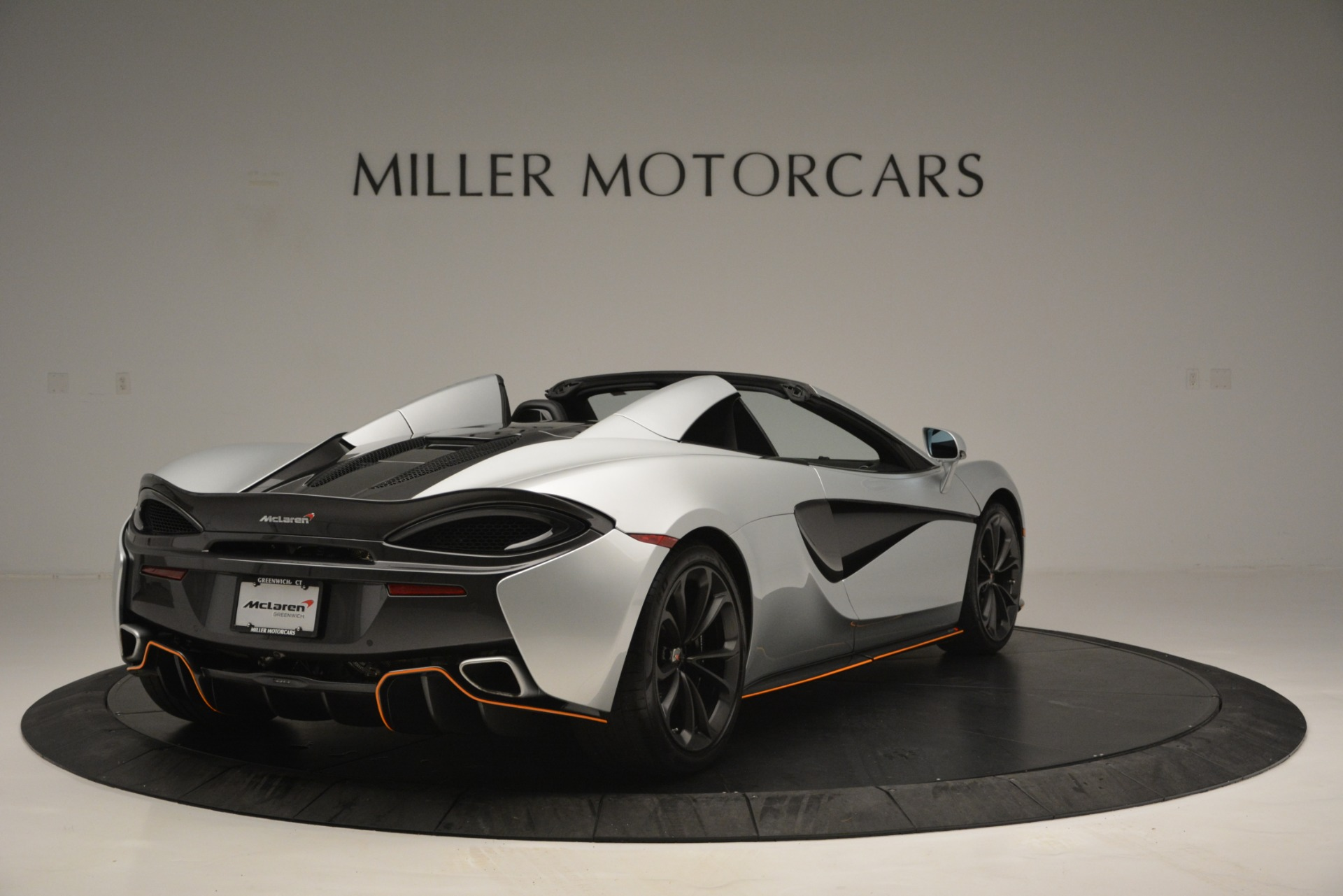 Used 2018 McLaren 570S Spider For Sale In Westport, CT 2340_p7