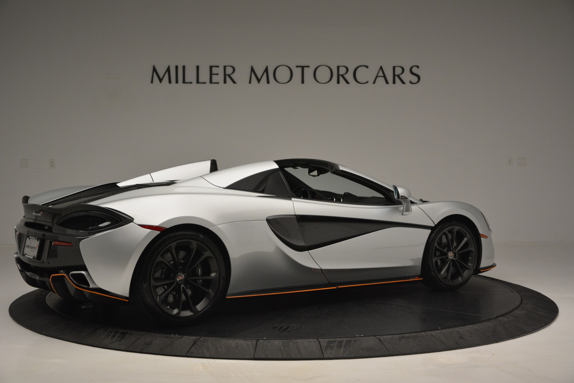 Used 2018 McLaren 570S Spider For Sale In Westport, CT 2340_p8