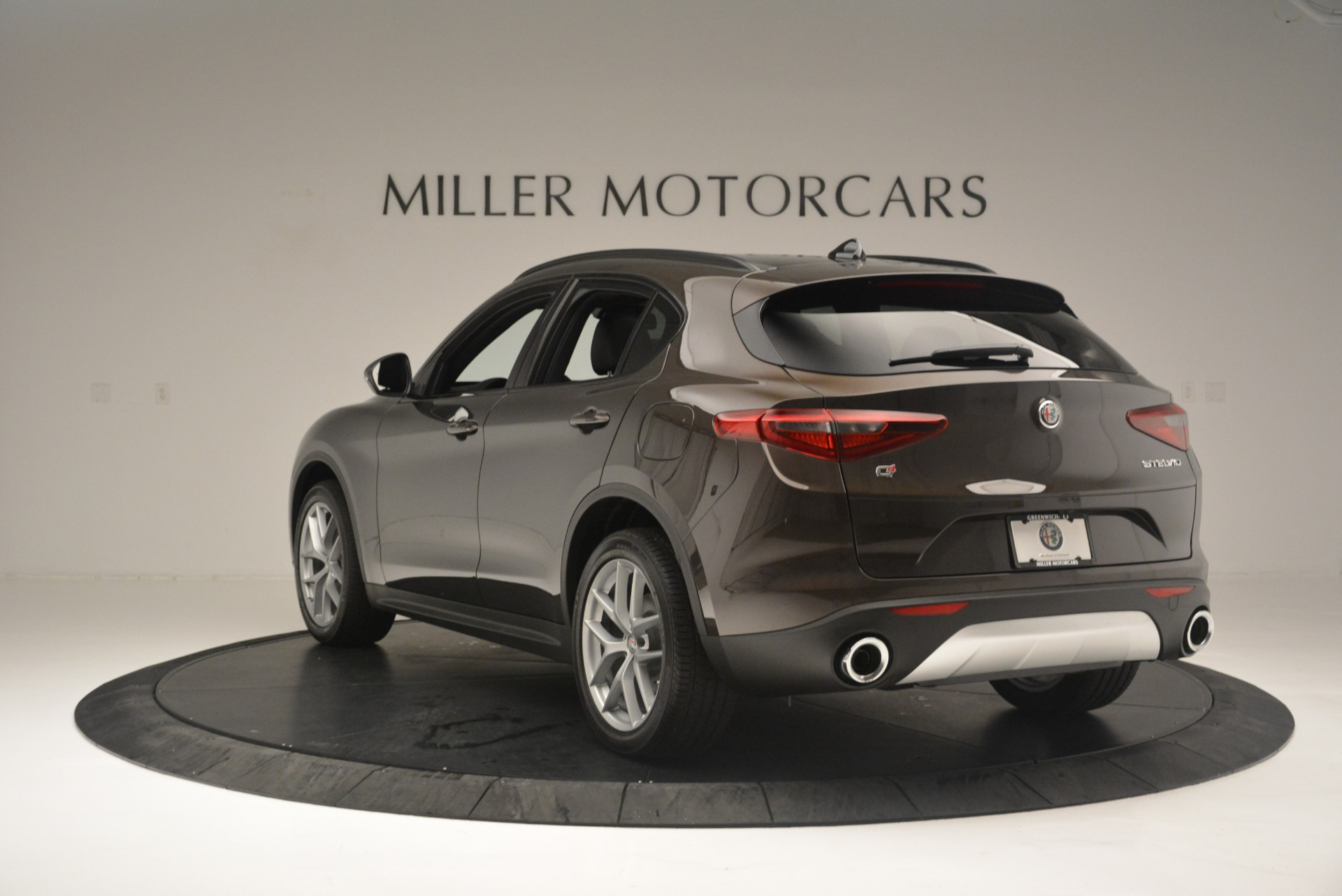 New 2018 Alfa Romeo Stelvio Ti Sport Q4 For Sale In Westport, CT 2354_p5