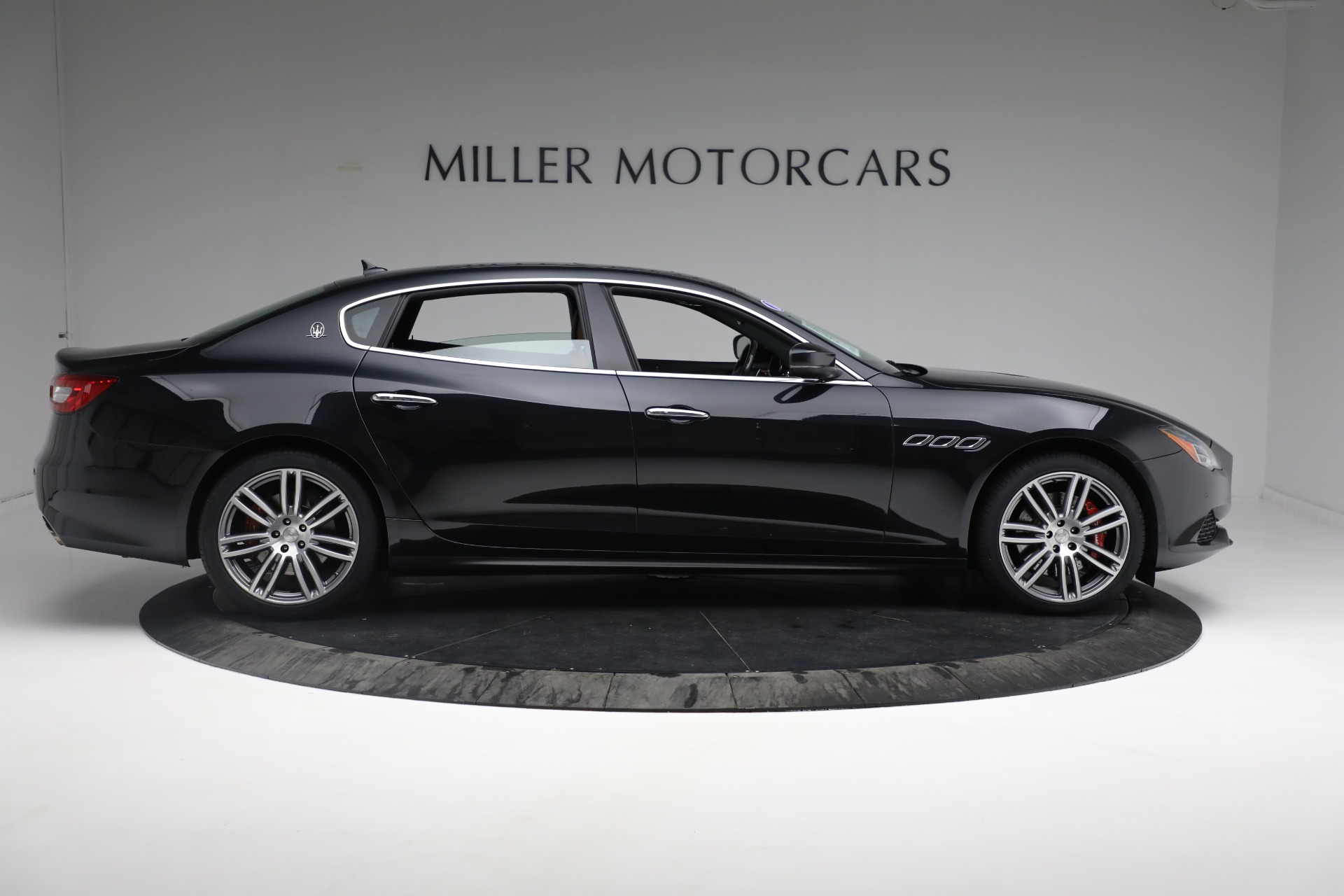 New 2018 Maserati Quattroporte S Q4 For Sale In Westport, CT 2359_p10
