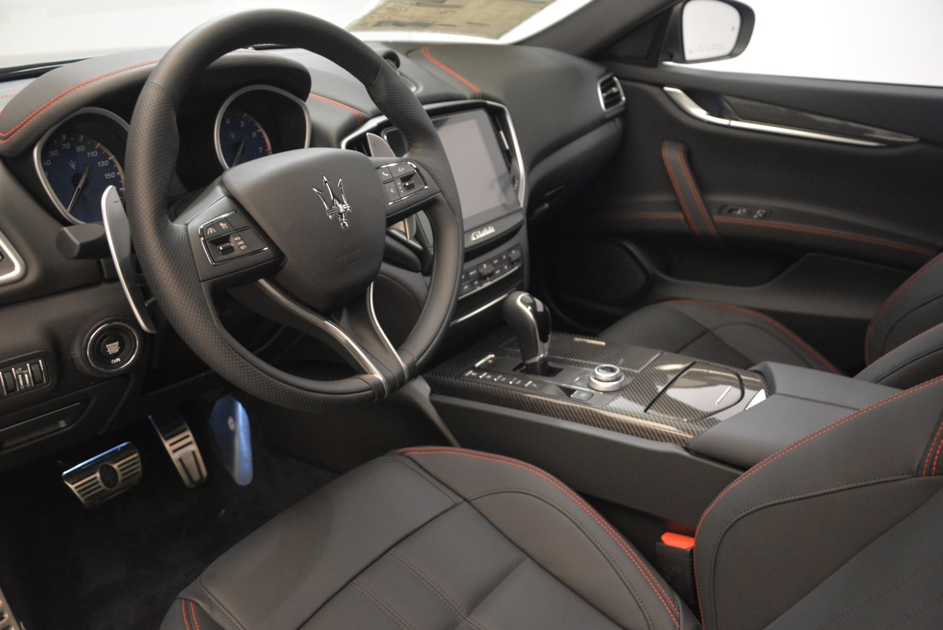 New 2018 Maserati Ghibli SQ4 GranSport Nerissimo For Sale In Westport, CT 2366_p13