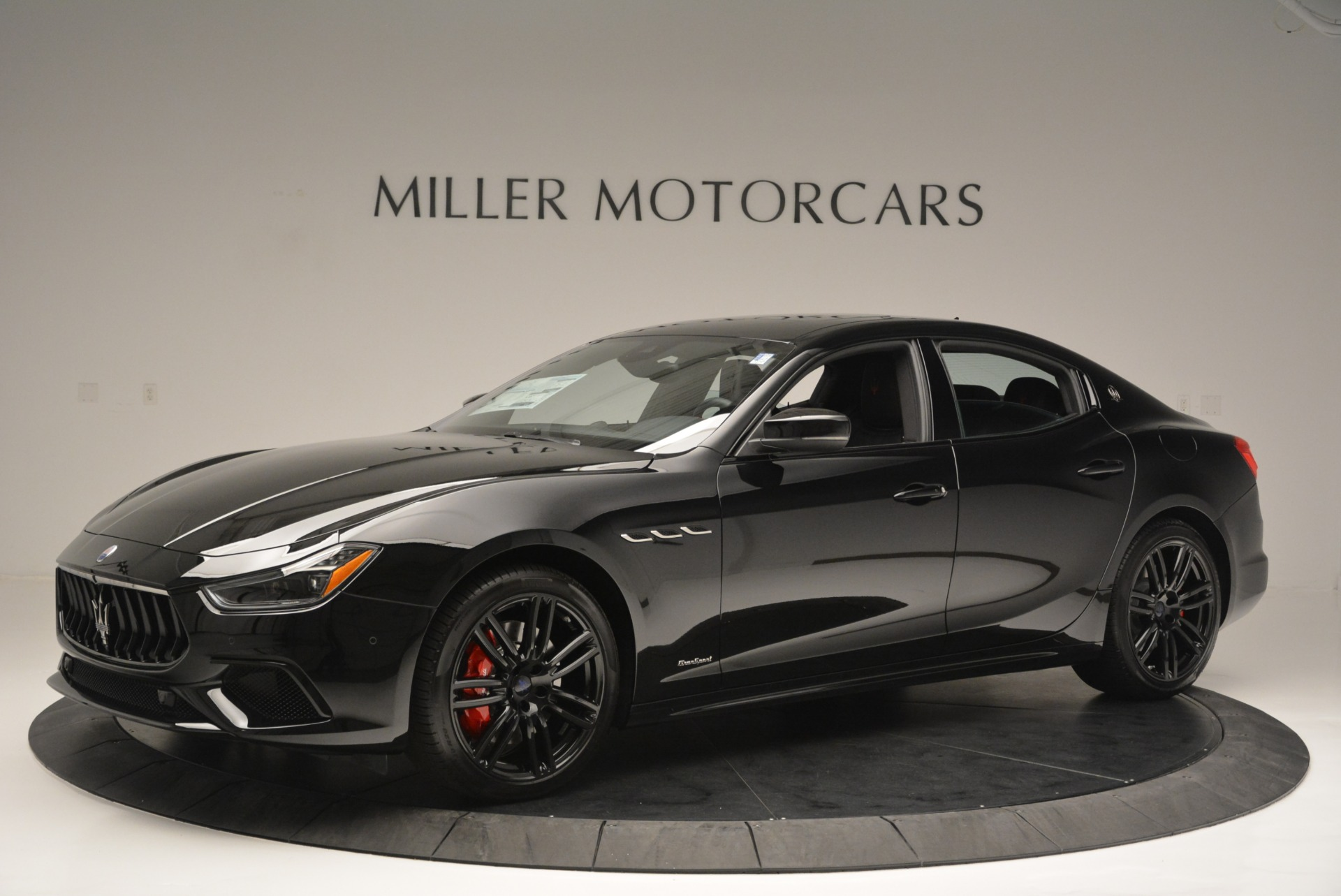 New 2018 Maserati Ghibli SQ4 GranSport Nerissimo For Sale In Westport, CT 2366_p2