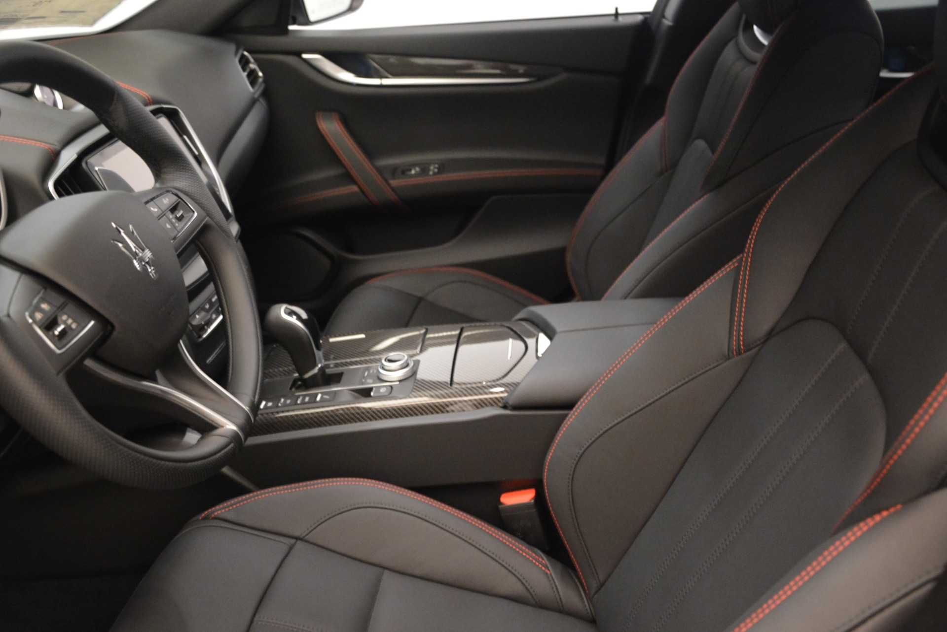 New 2018 Maserati Ghibli SQ4 GranSport Nerissimo For Sale In Westport, CT 2368_p14