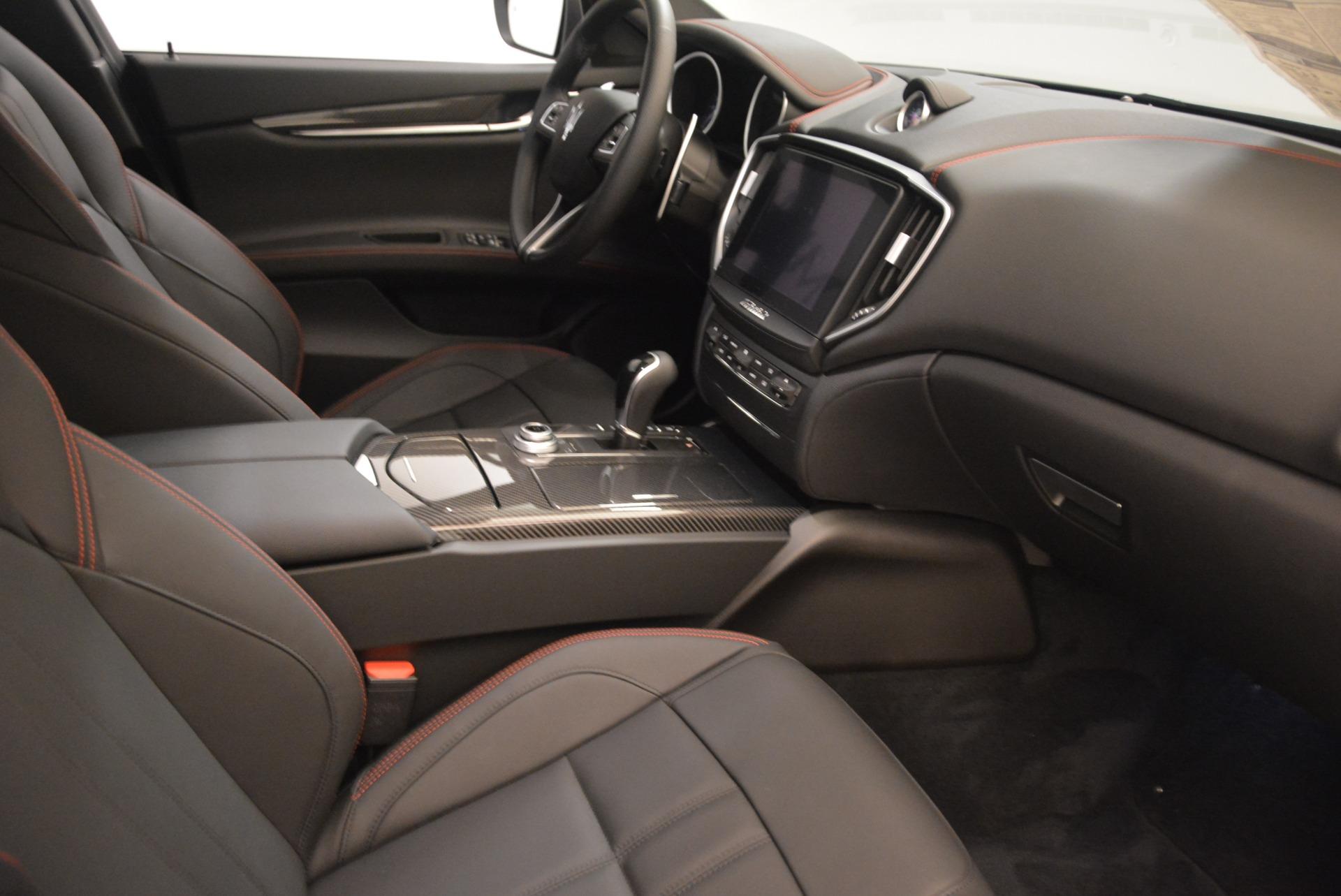 New 2018 Maserati Ghibli SQ4 GranSport Nerissimo For Sale In Westport, CT 2368_p16
