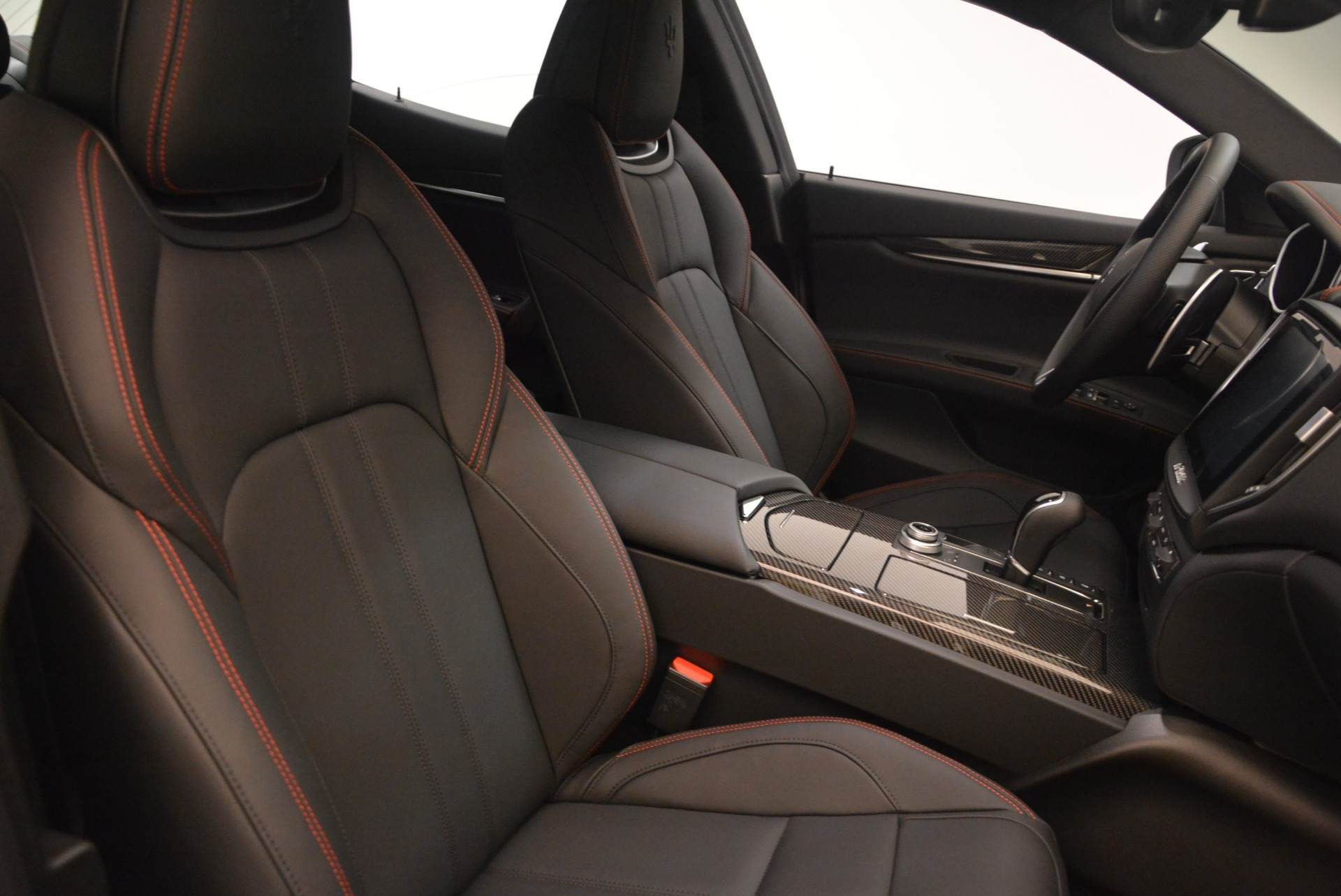 New 2018 Maserati Ghibli SQ4 GranSport Nerissimo For Sale In Westport, CT 2368_p18