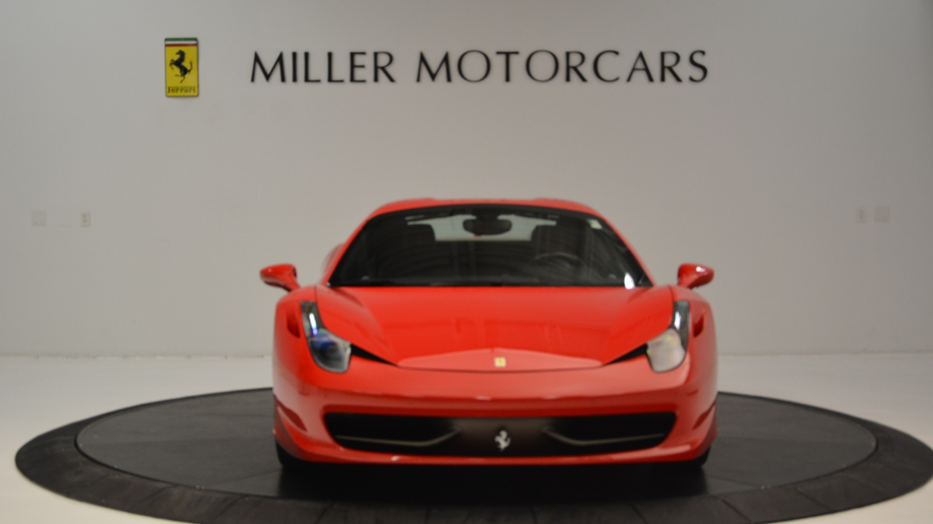 Used 2015 Ferrari 458 Spider  For Sale In Westport, CT 2369_p25