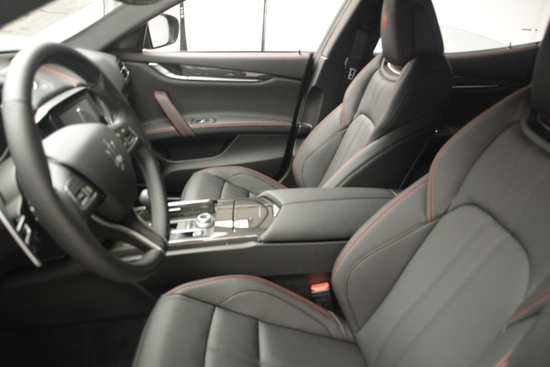 New 2018 Maserati Ghibli SQ4 GranSport Nerissimo For Sale In Westport, CT 2372_p15