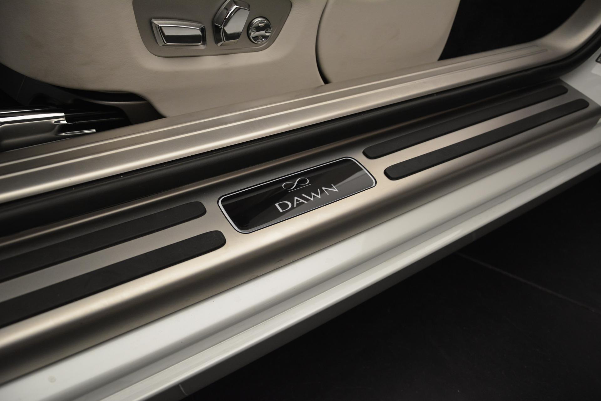 Used 2018 Rolls-Royce Dawn Black Badge For Sale In Westport, CT 2376_p25