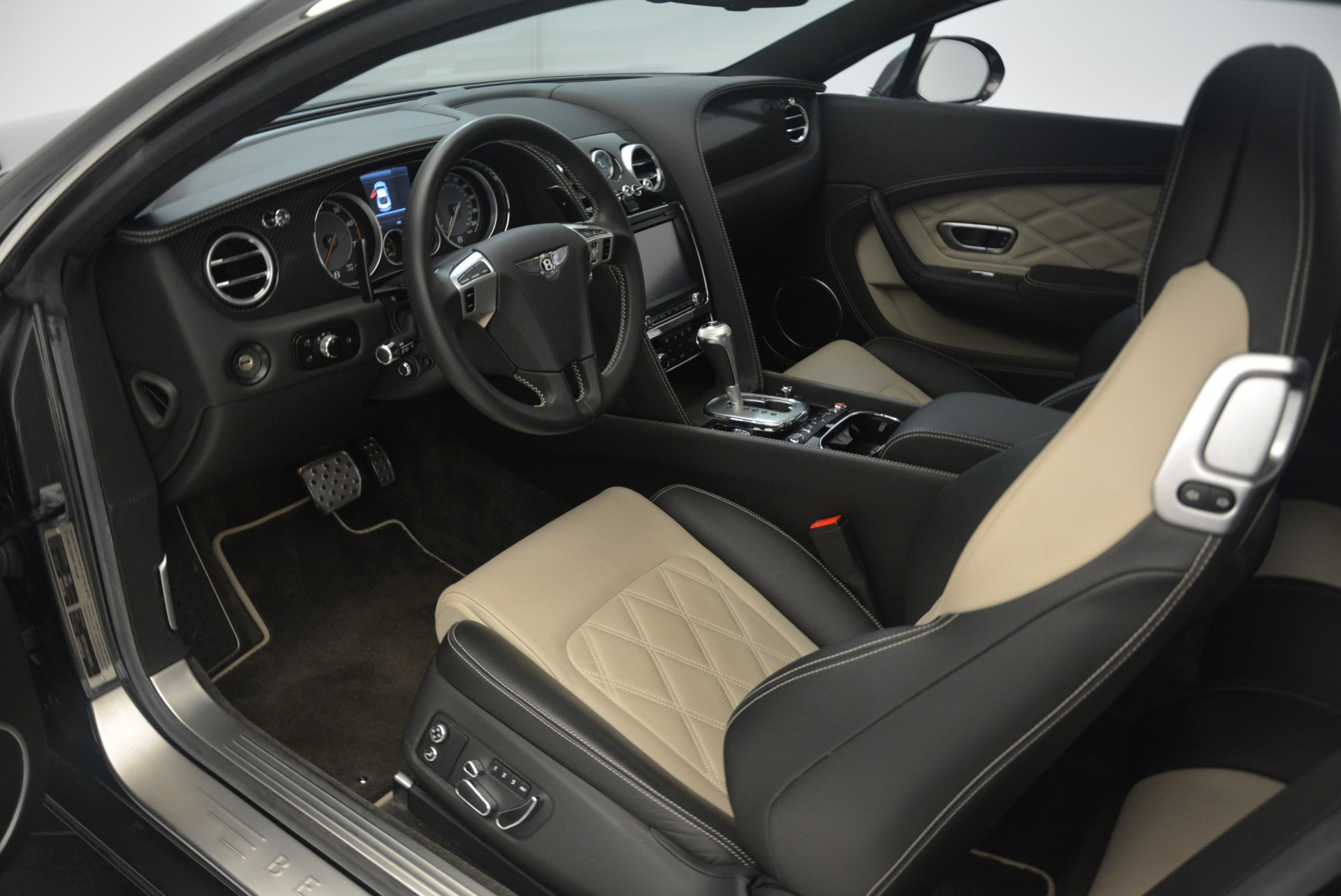 Used 2013 Bentley Continental GT V8 For Sale In Westport, CT 2377_p18