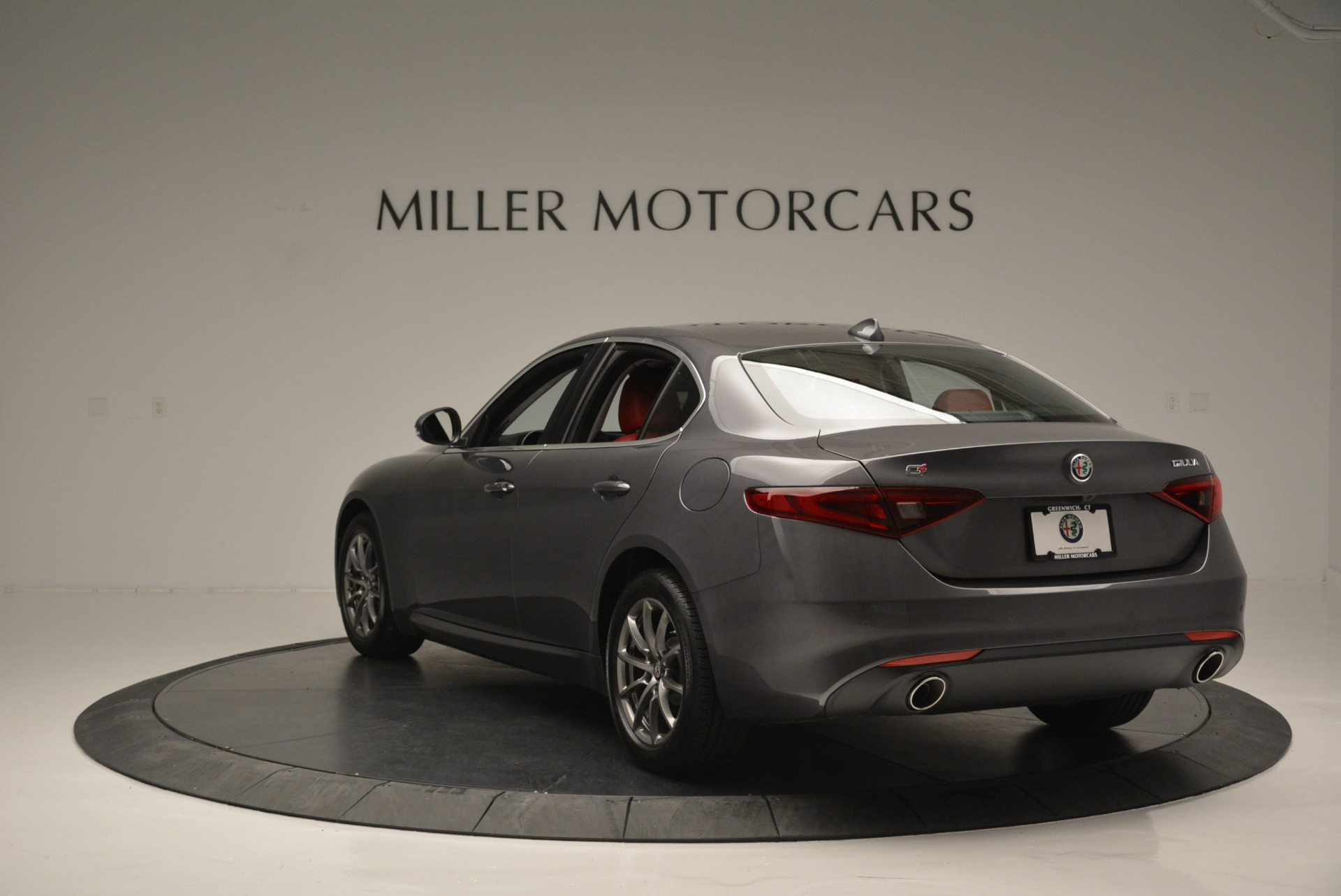 New 2018 Alfa Romeo Giulia Q4 For Sale In Westport, CT 2383_p7