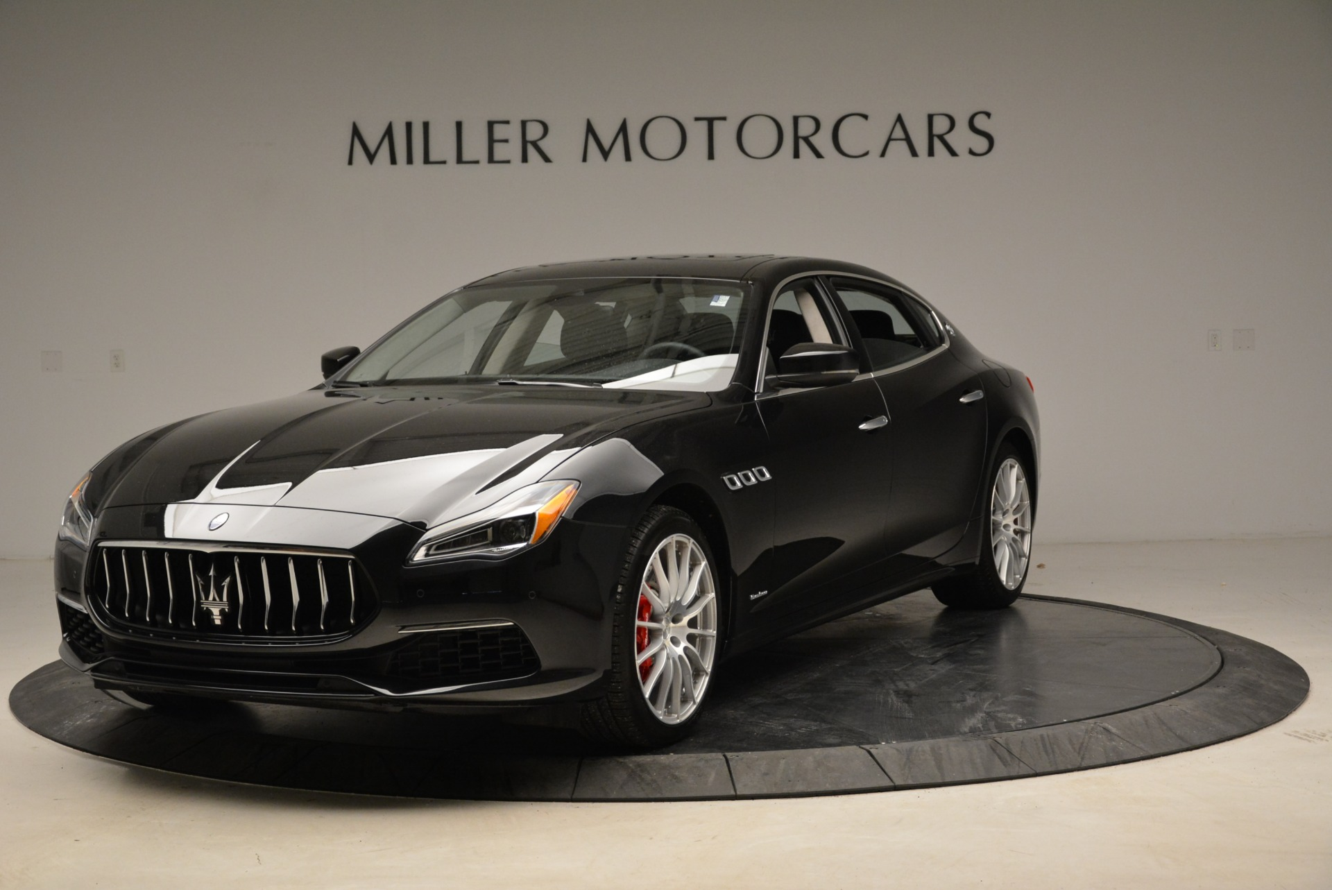 New 2018 Maserati Quattroporte S Q4 GranLusso For Sale In Westport, CT 2386_main