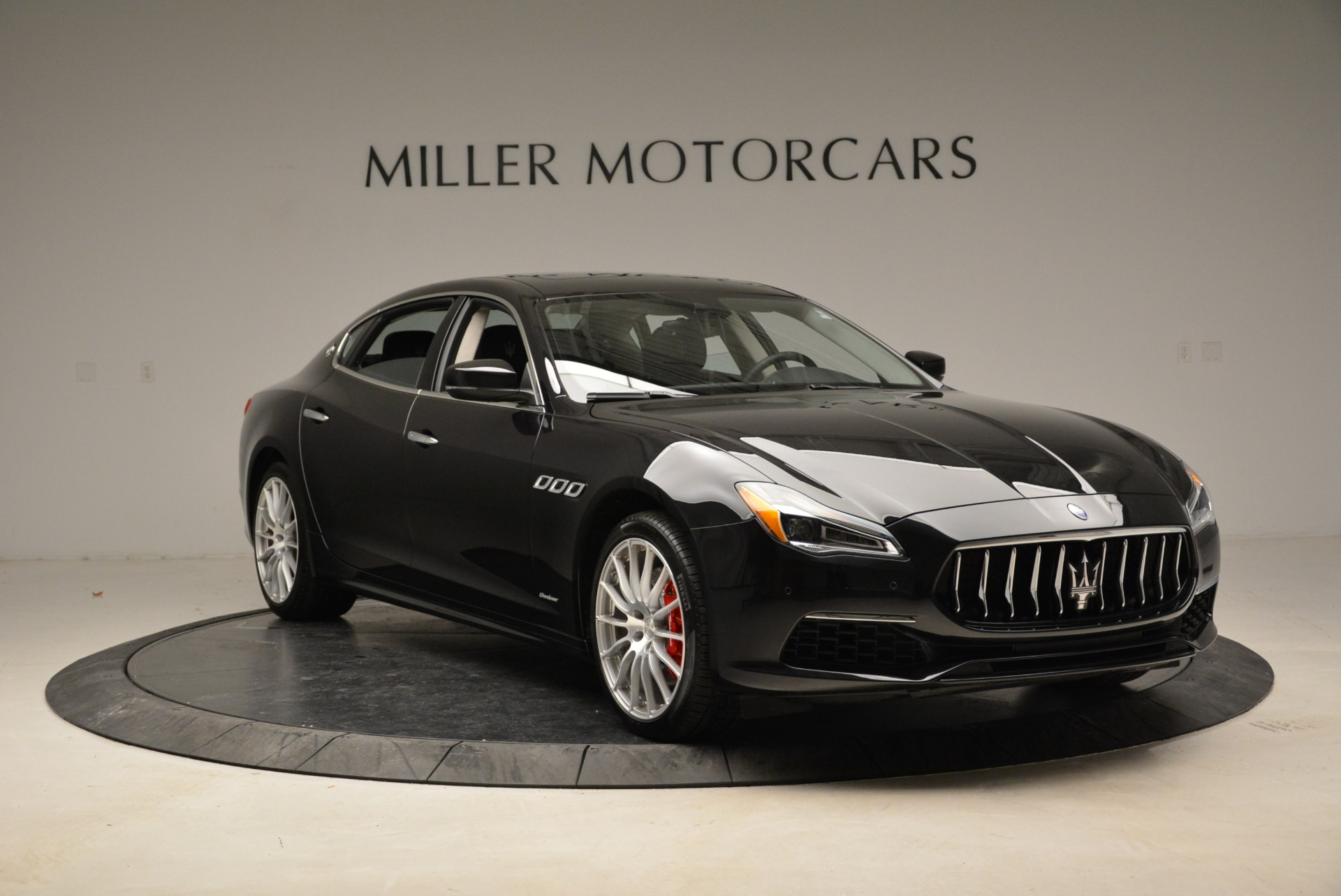 New 2018 Maserati Quattroporte S Q4 GranLusso For Sale In Westport, CT 2386_p11