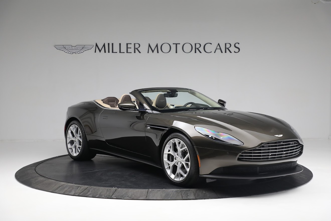 New 2019 Aston Martin DB11 V8 Convertible For Sale In Westport, CT 2410_p10