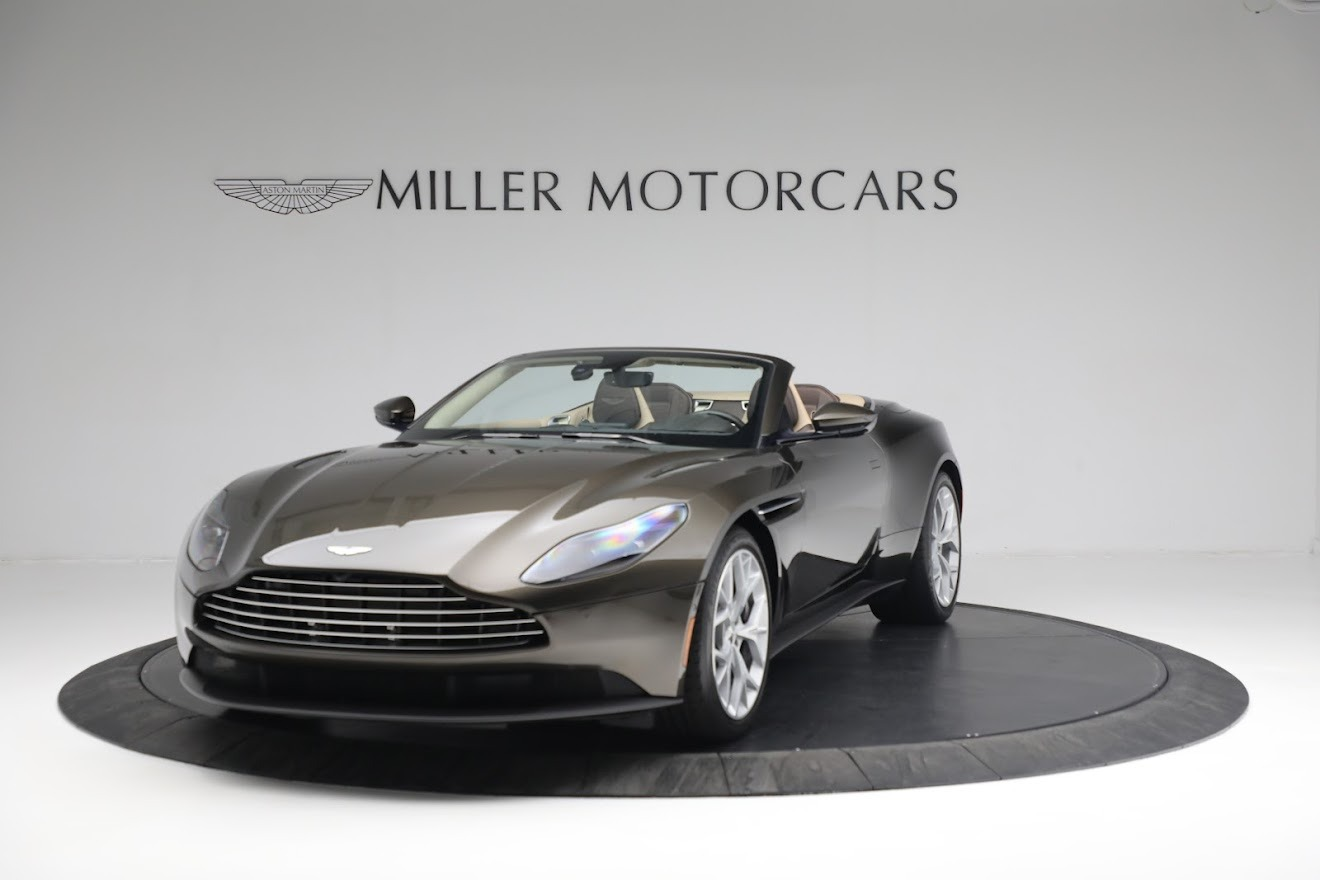 New 2019 Aston Martin DB11 V8 Convertible For Sale In Westport, CT 2410_p12