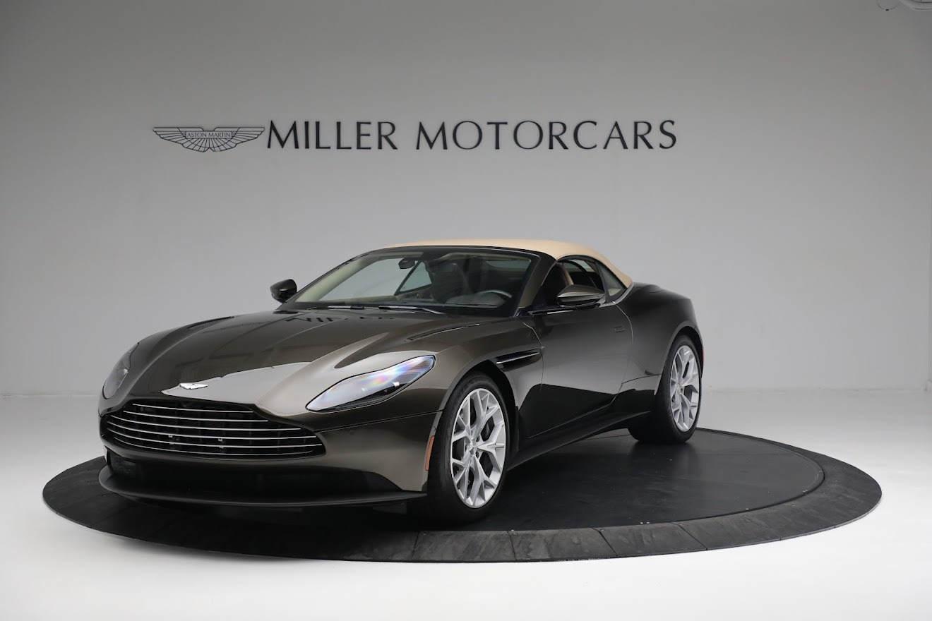 New 2019 Aston Martin DB11 V8 Convertible For Sale In Westport, CT 2410_p13