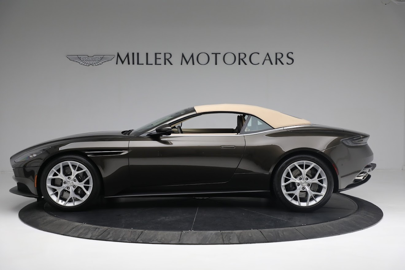 New 2019 Aston Martin DB11 V8 Convertible For Sale In Westport, CT 2410_p14